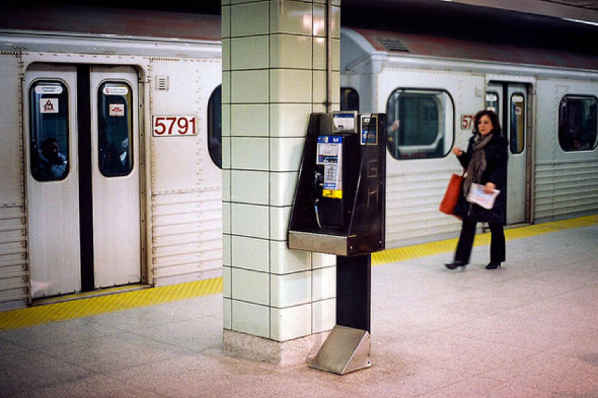 toronto payphone