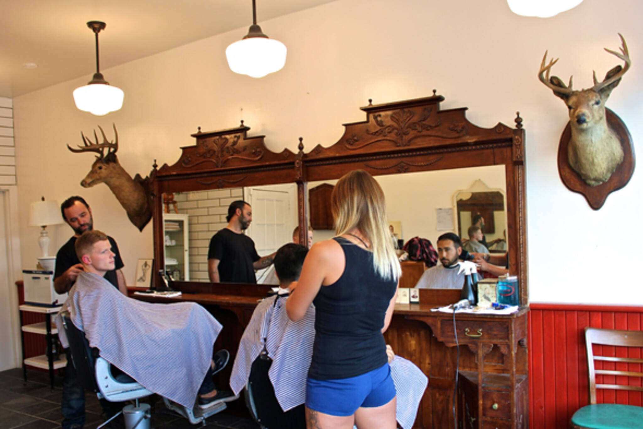 Barber Shop Leslieville