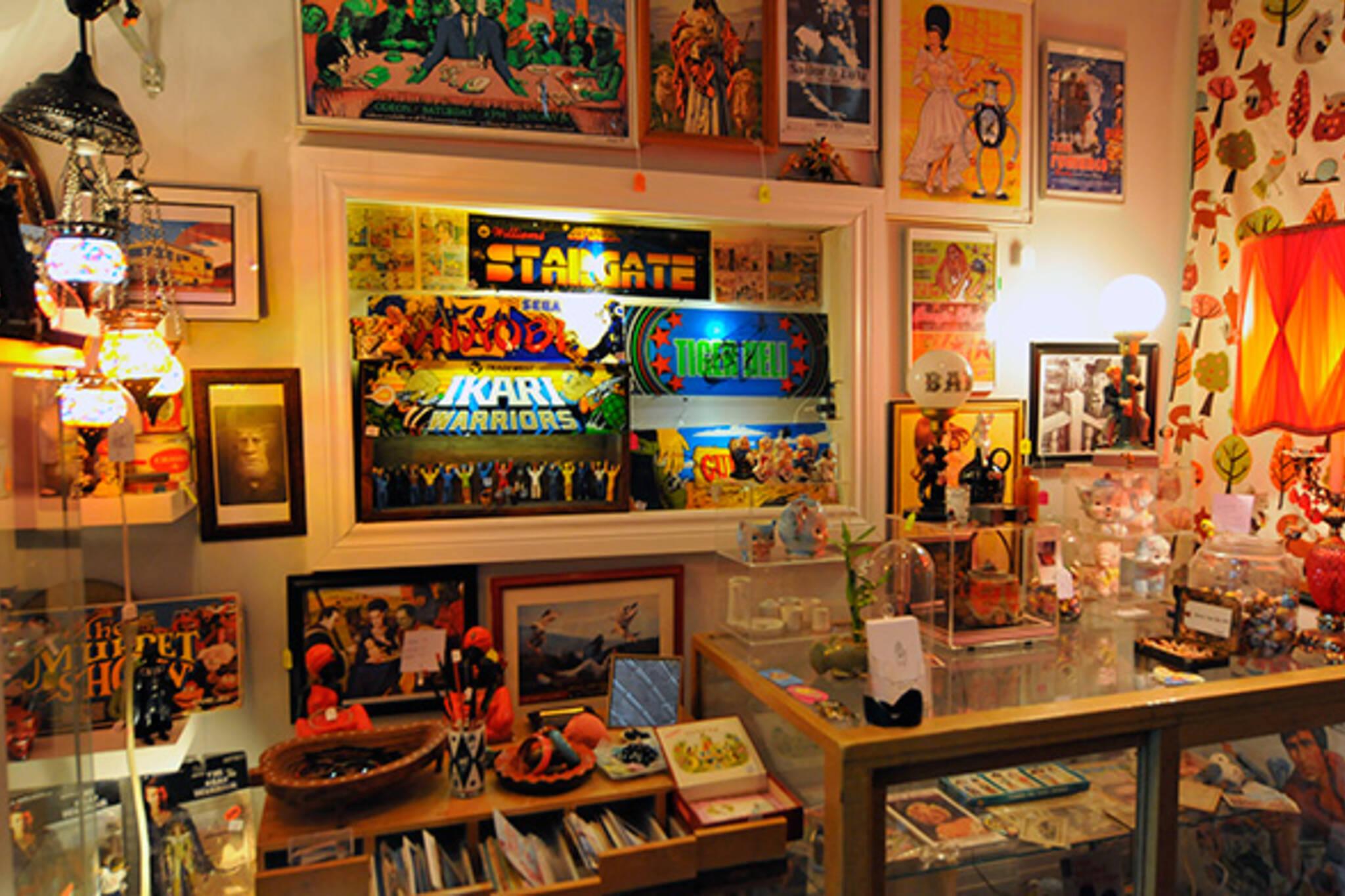 vintage shop Dovercourt