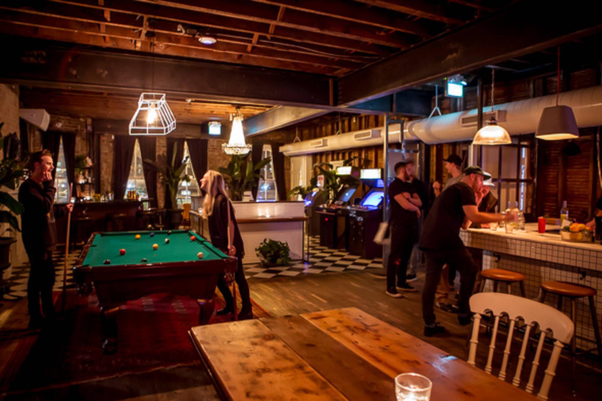 apartment bar toronto