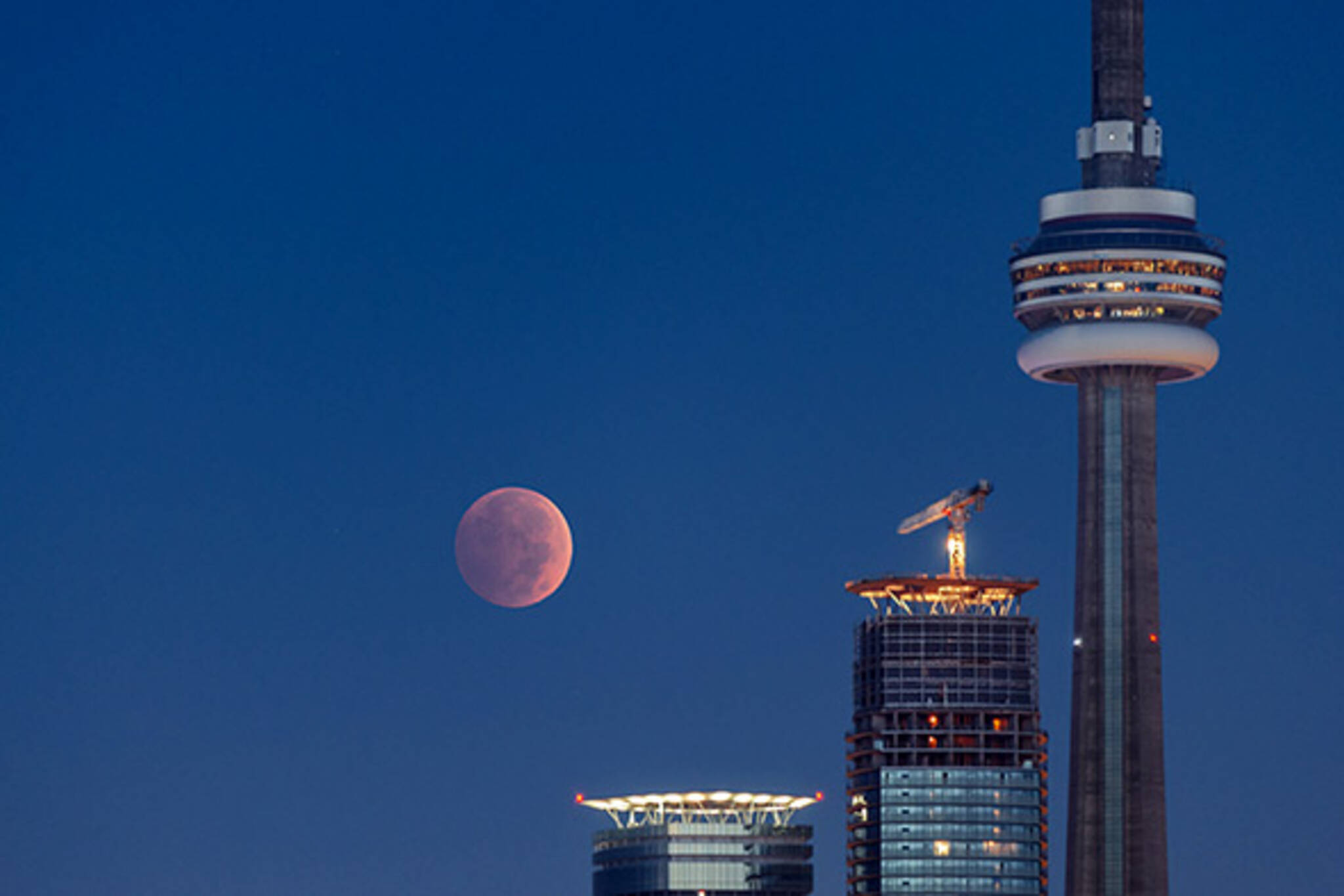 supermoon lunar eclipse toronto