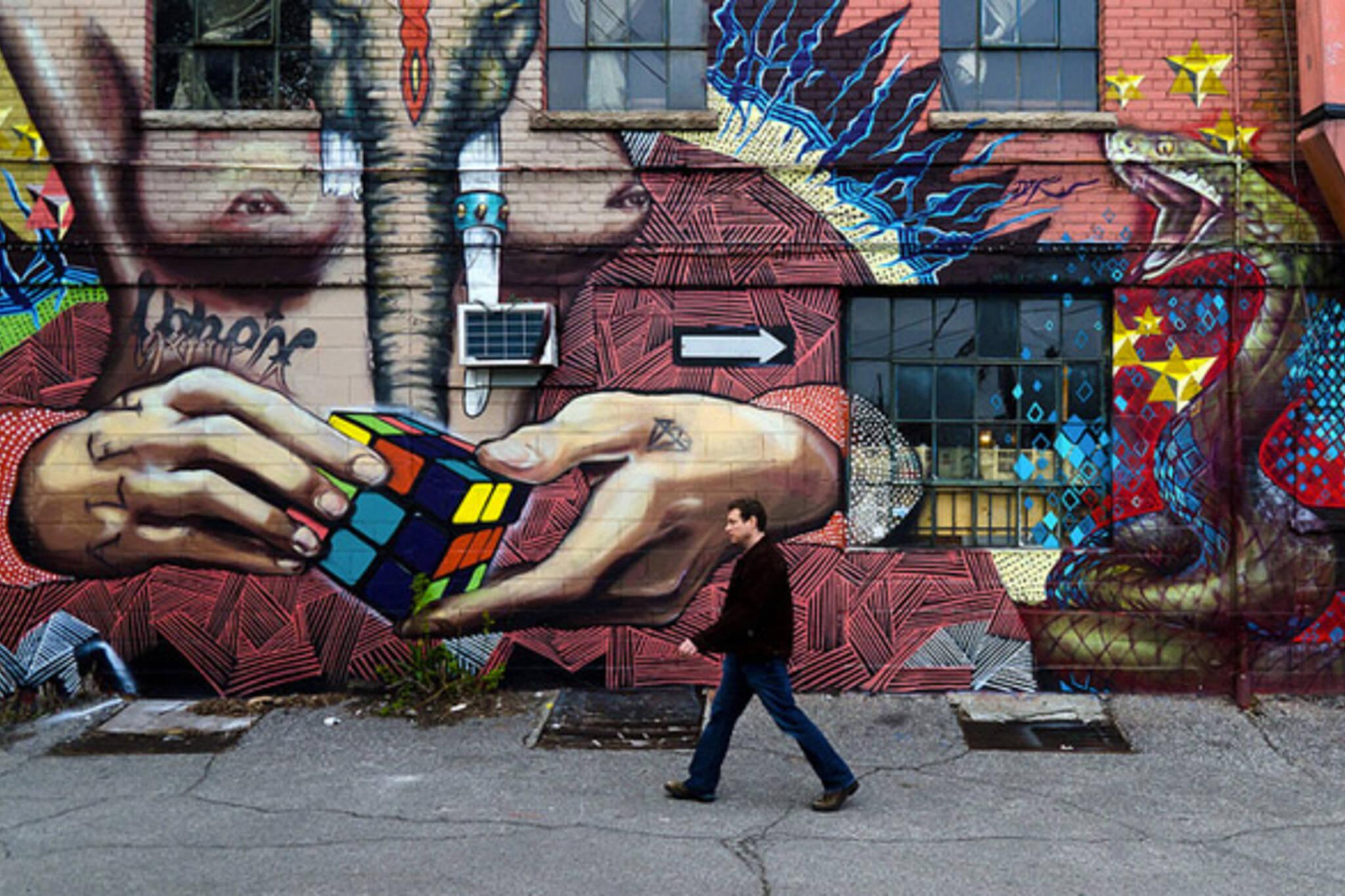 Toronto Alley
