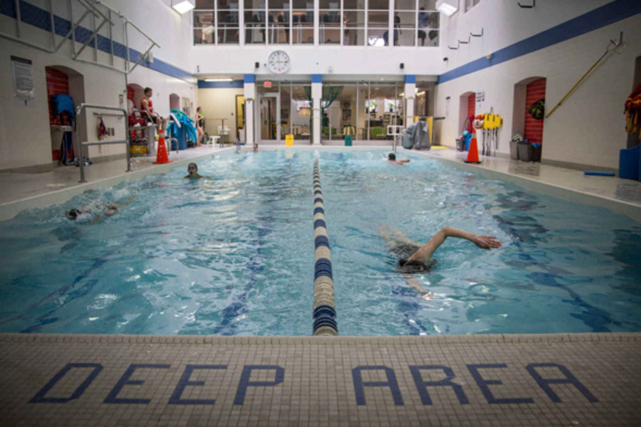 The best indoor swimming pools in toronto for Pool time pools