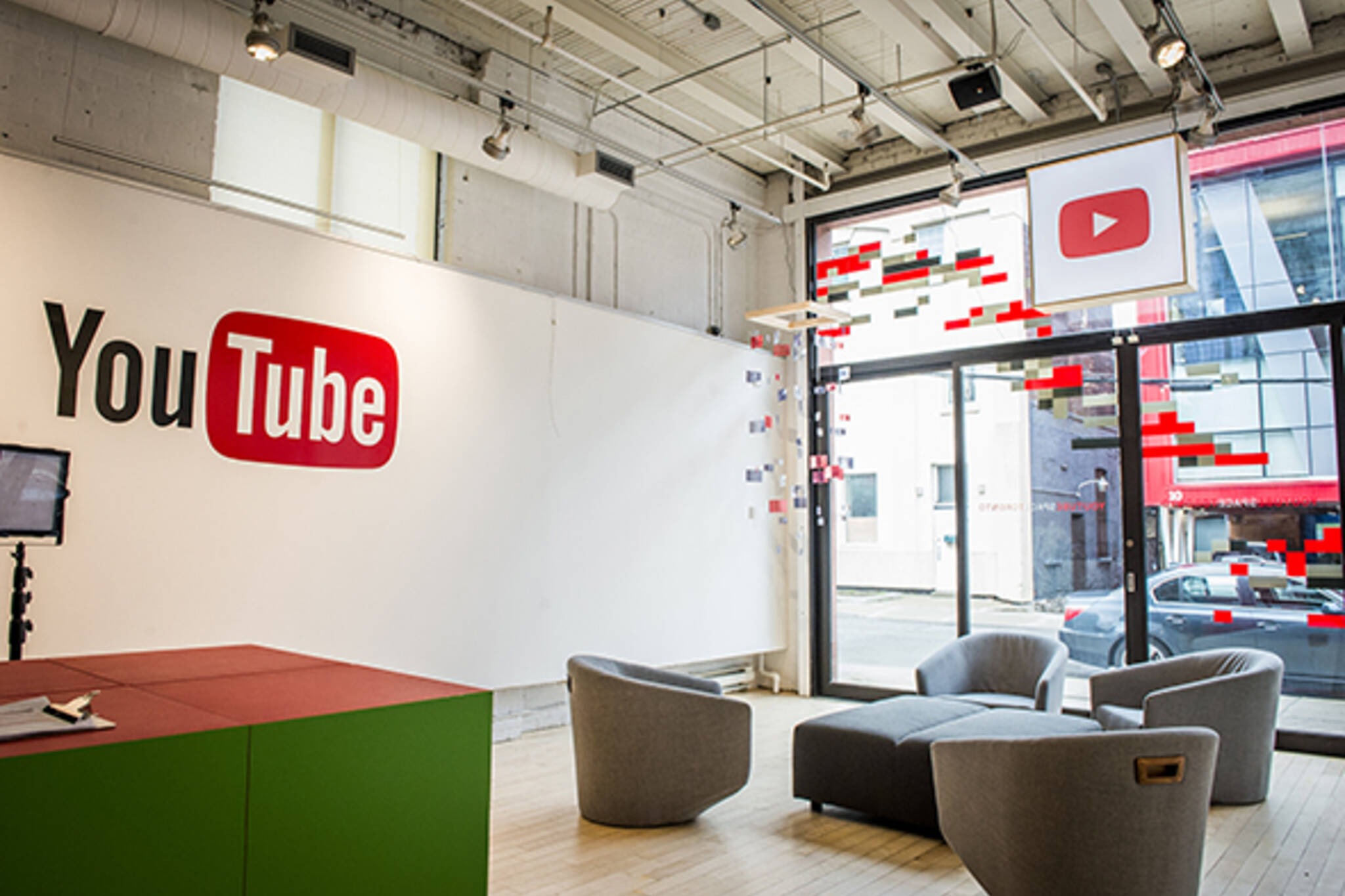 Youtube Opens Space For Video Creators In Toronto