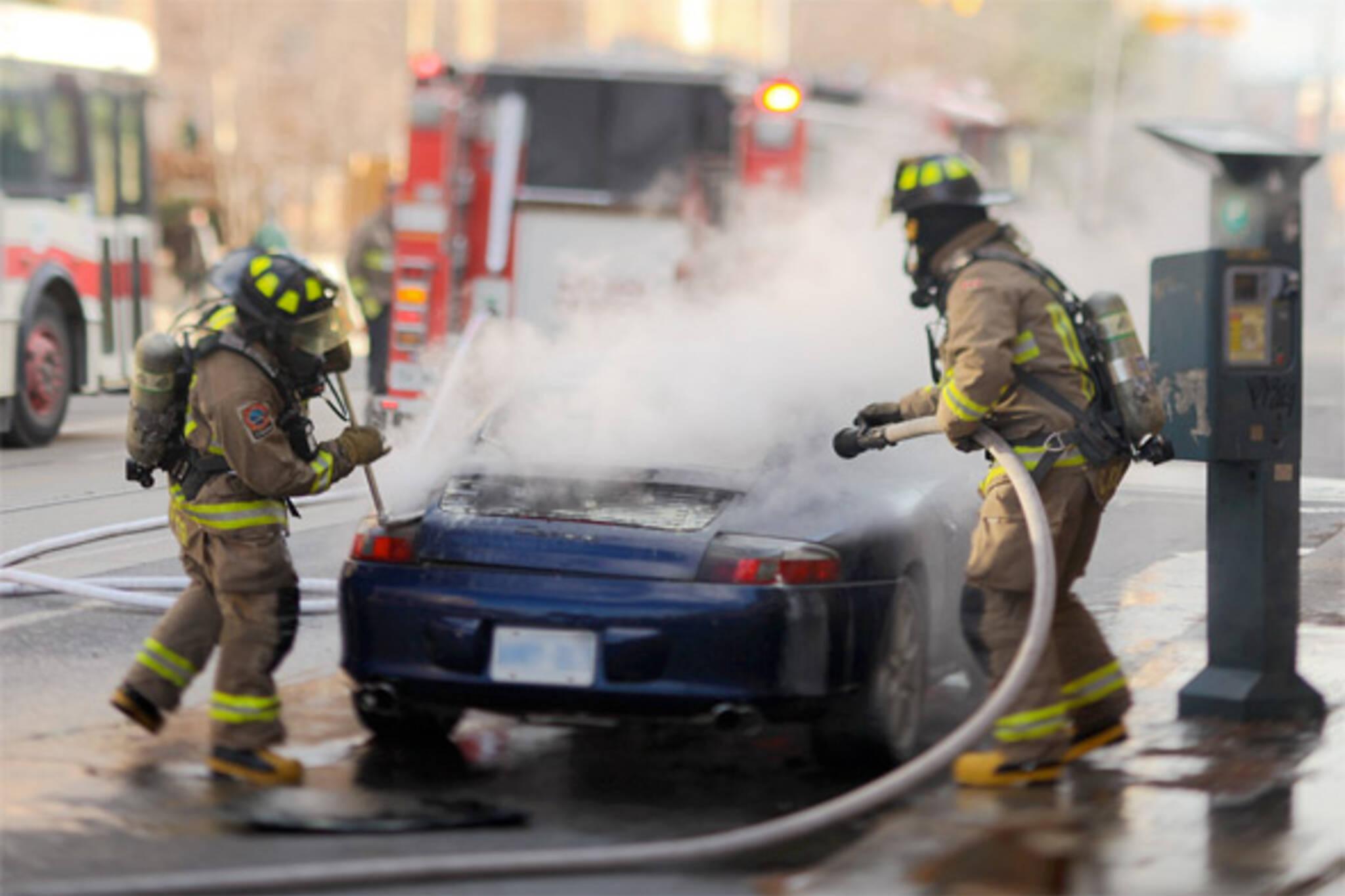 parkdale car fire porsche