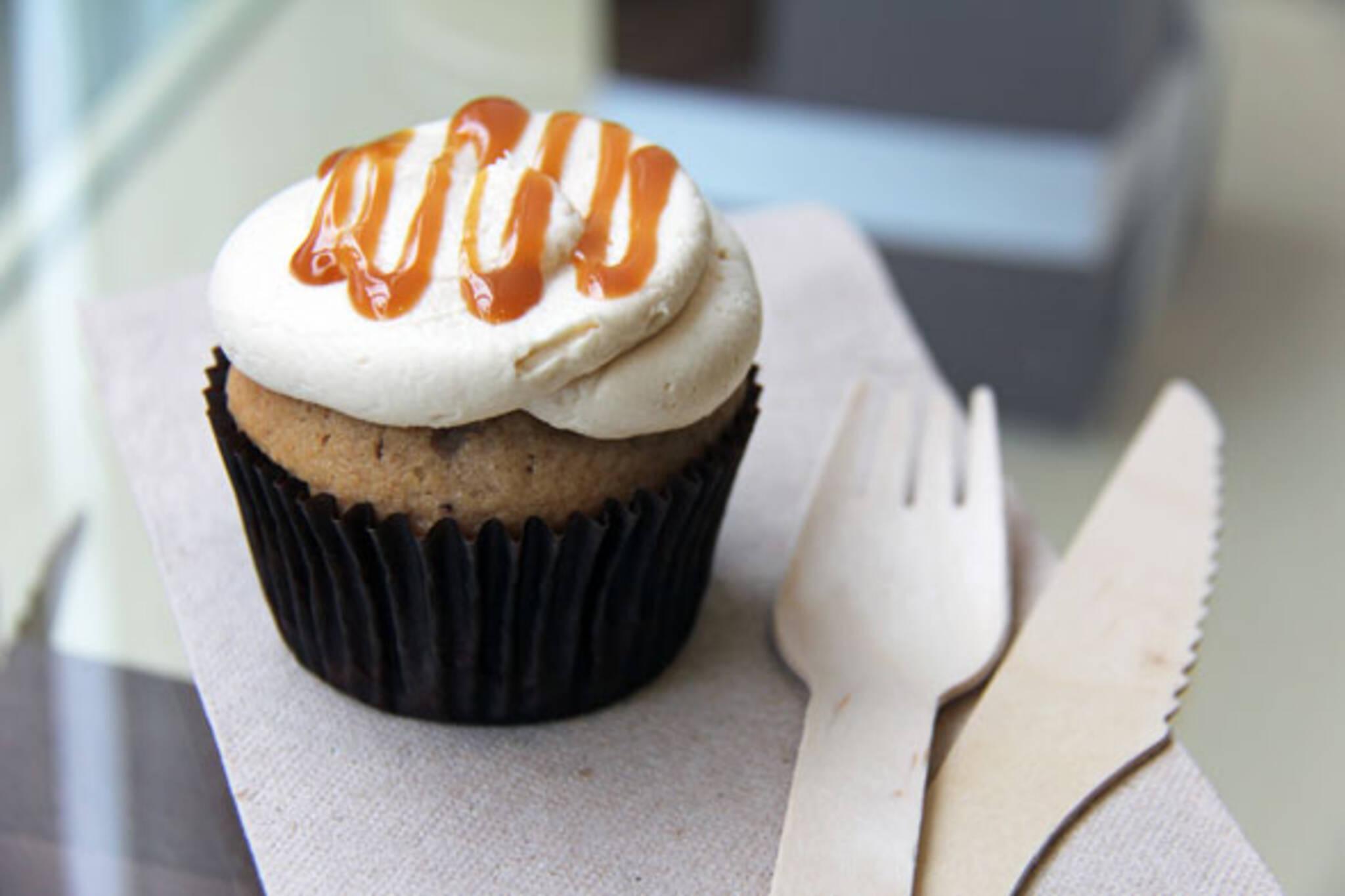 dlish cupcakes yorkville toronto