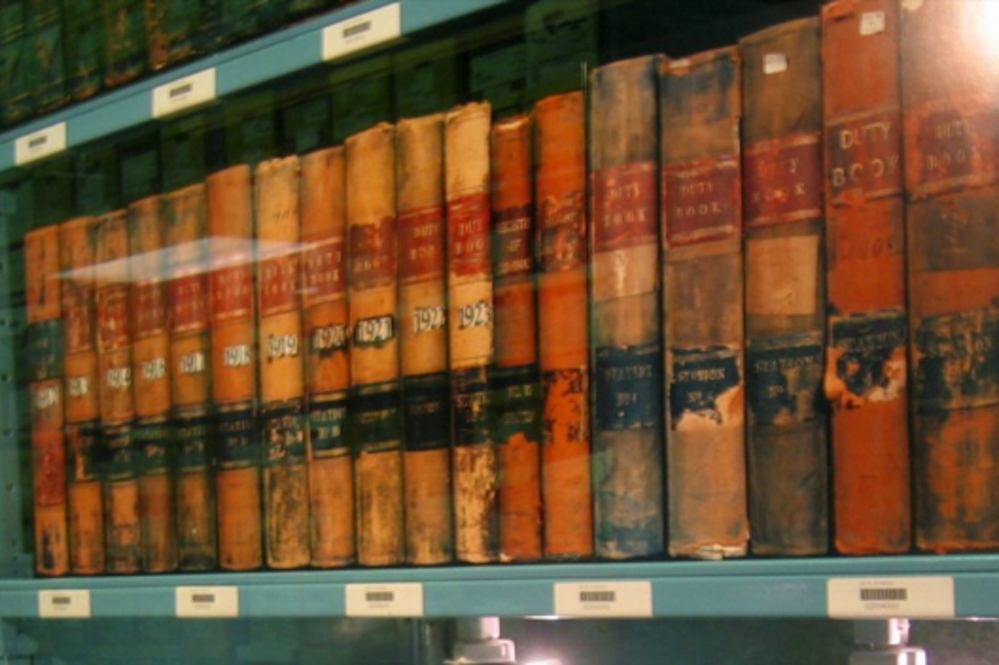 Toronto Archives: Should they go all digital?
