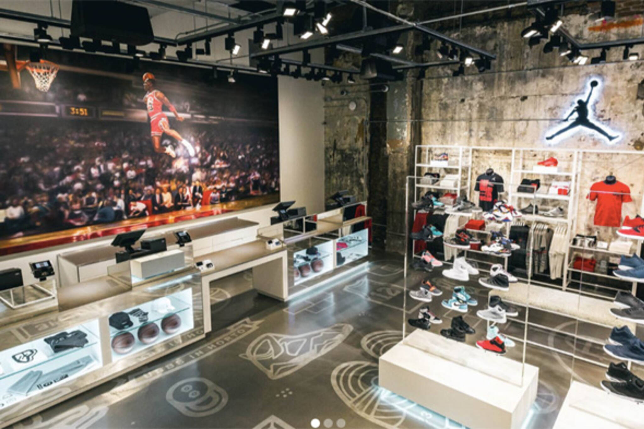 toronto getting its first michael jordan brand store. Black Bedroom Furniture Sets. Home Design Ideas