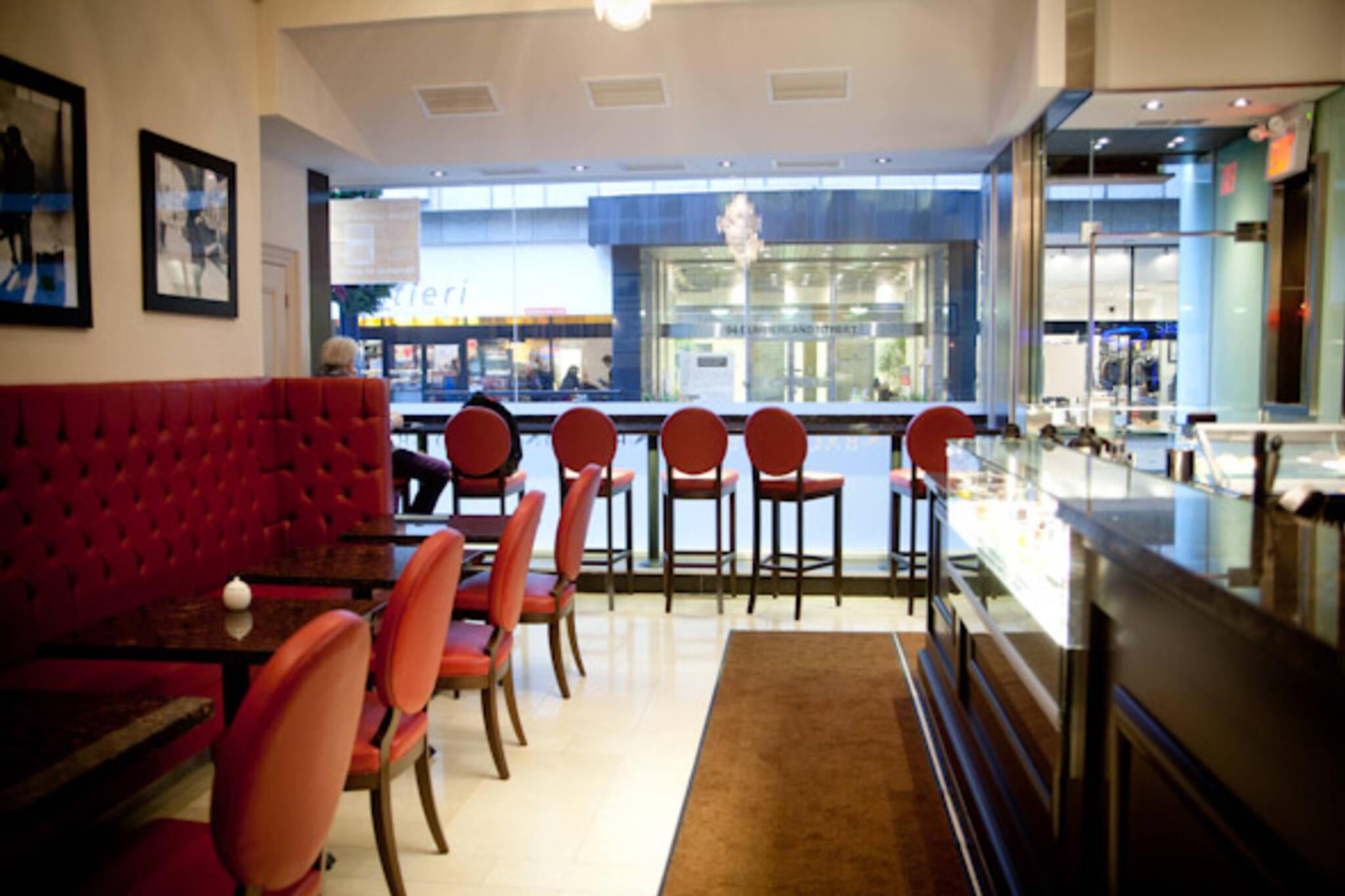 Yorkville Cafe Toronto