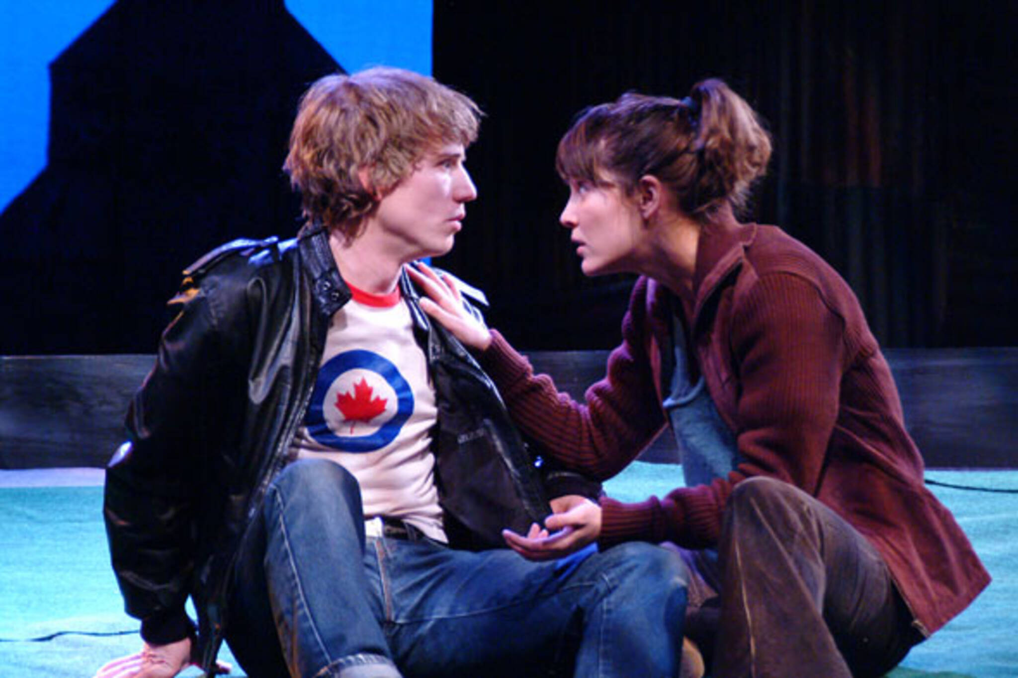 Neil Adams and Esther Maloney in Criminals in Love