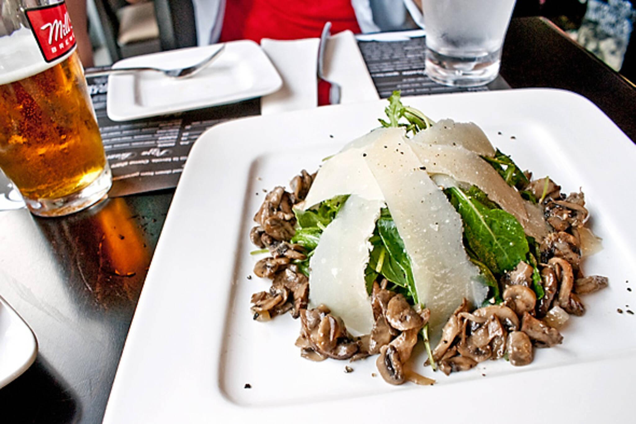 Cafe Cinquecento Toronto