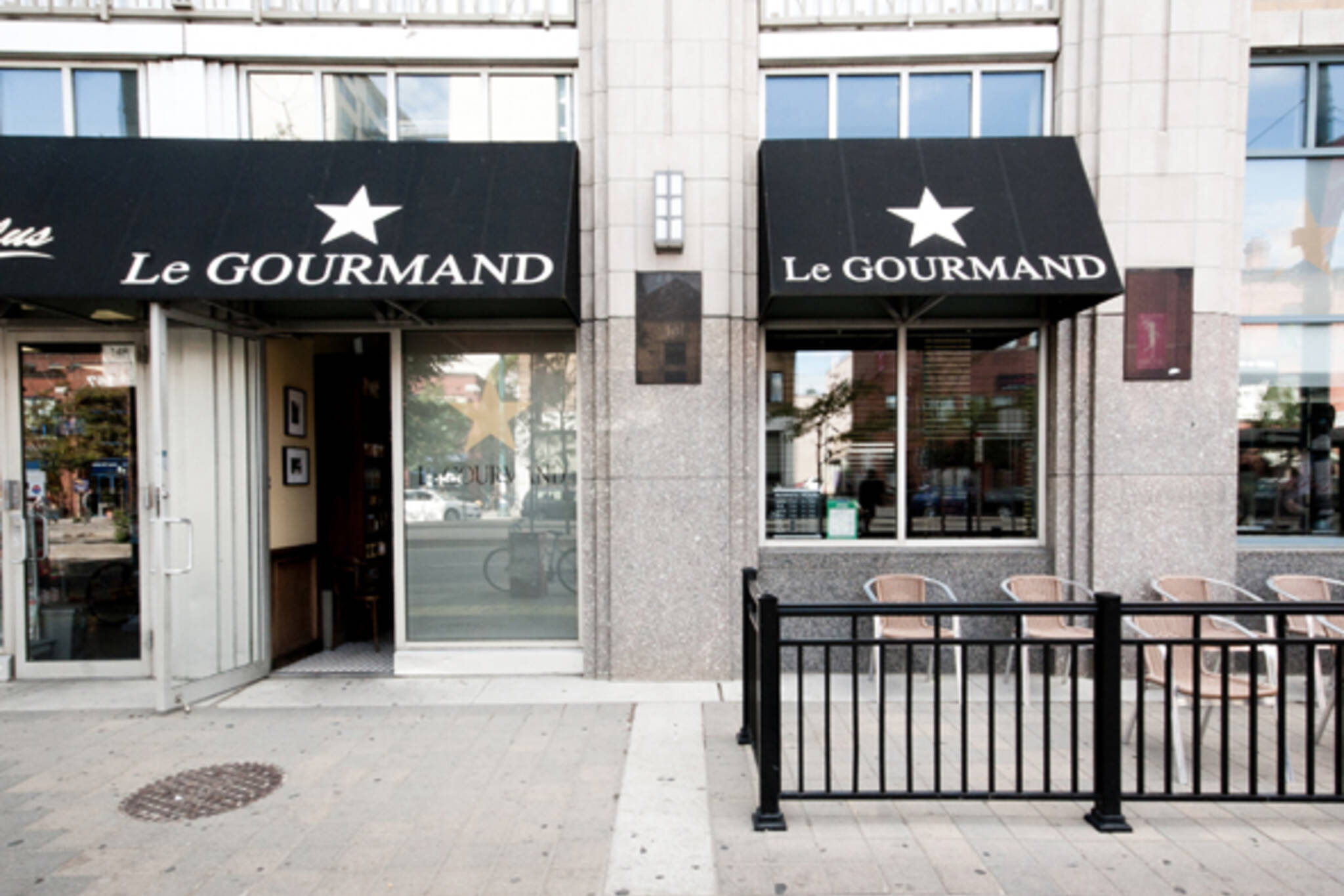 Le Gourmand reopens
