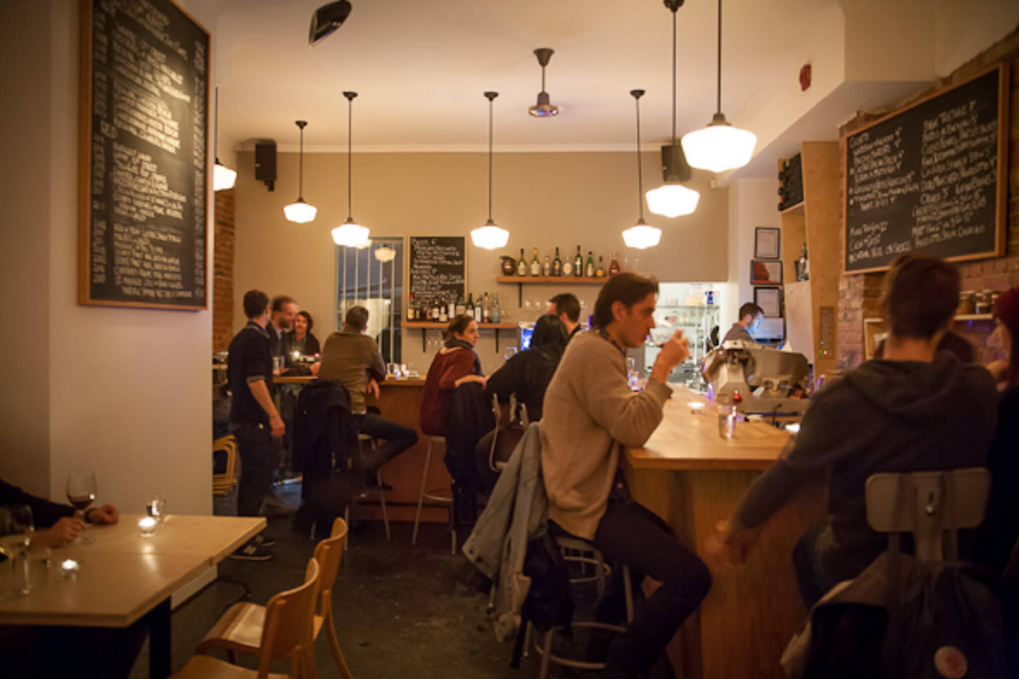 wine bar dundas west