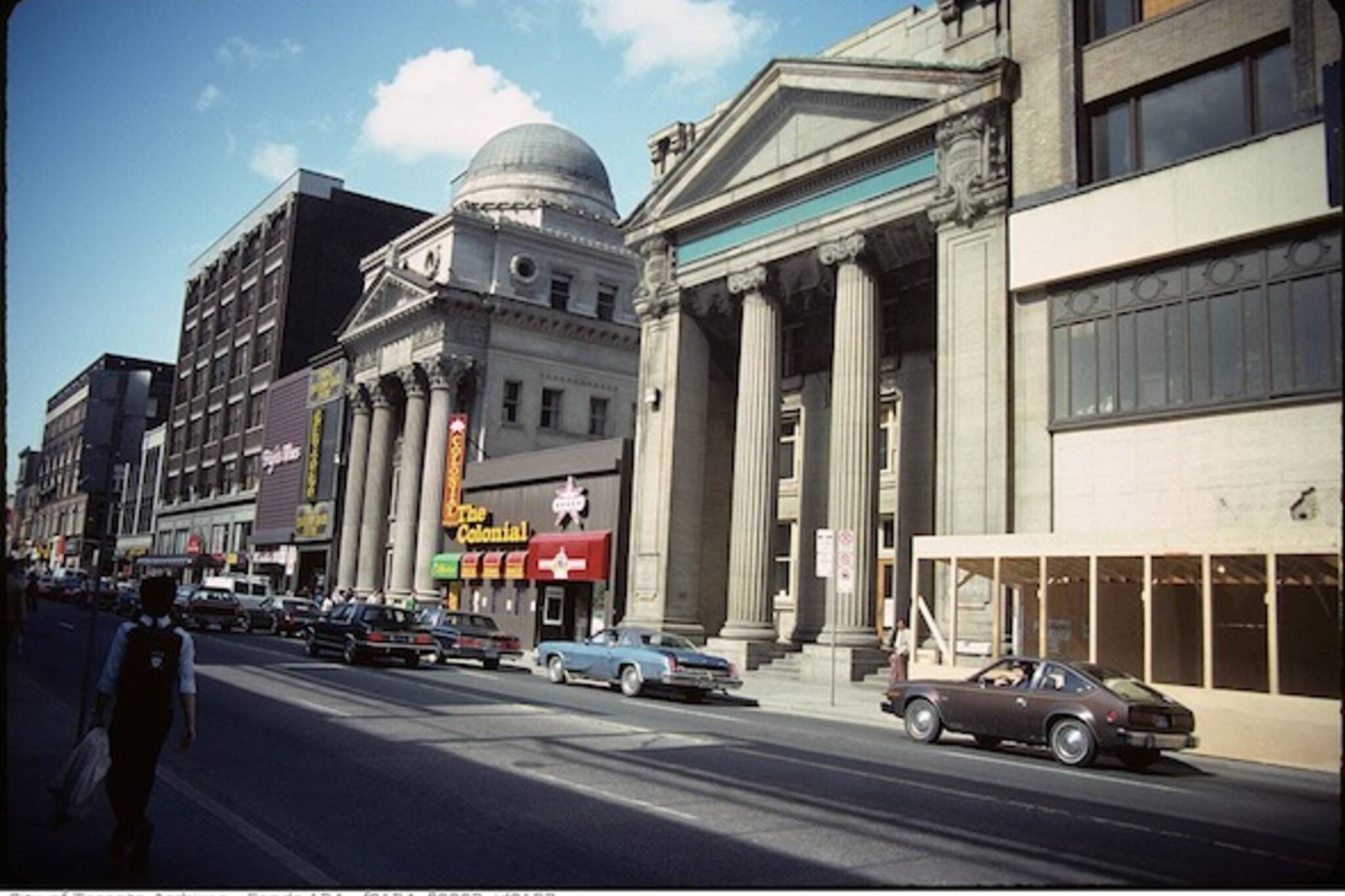 Yonge Bank 197 Massey Tower Colonial Tavern and Banks