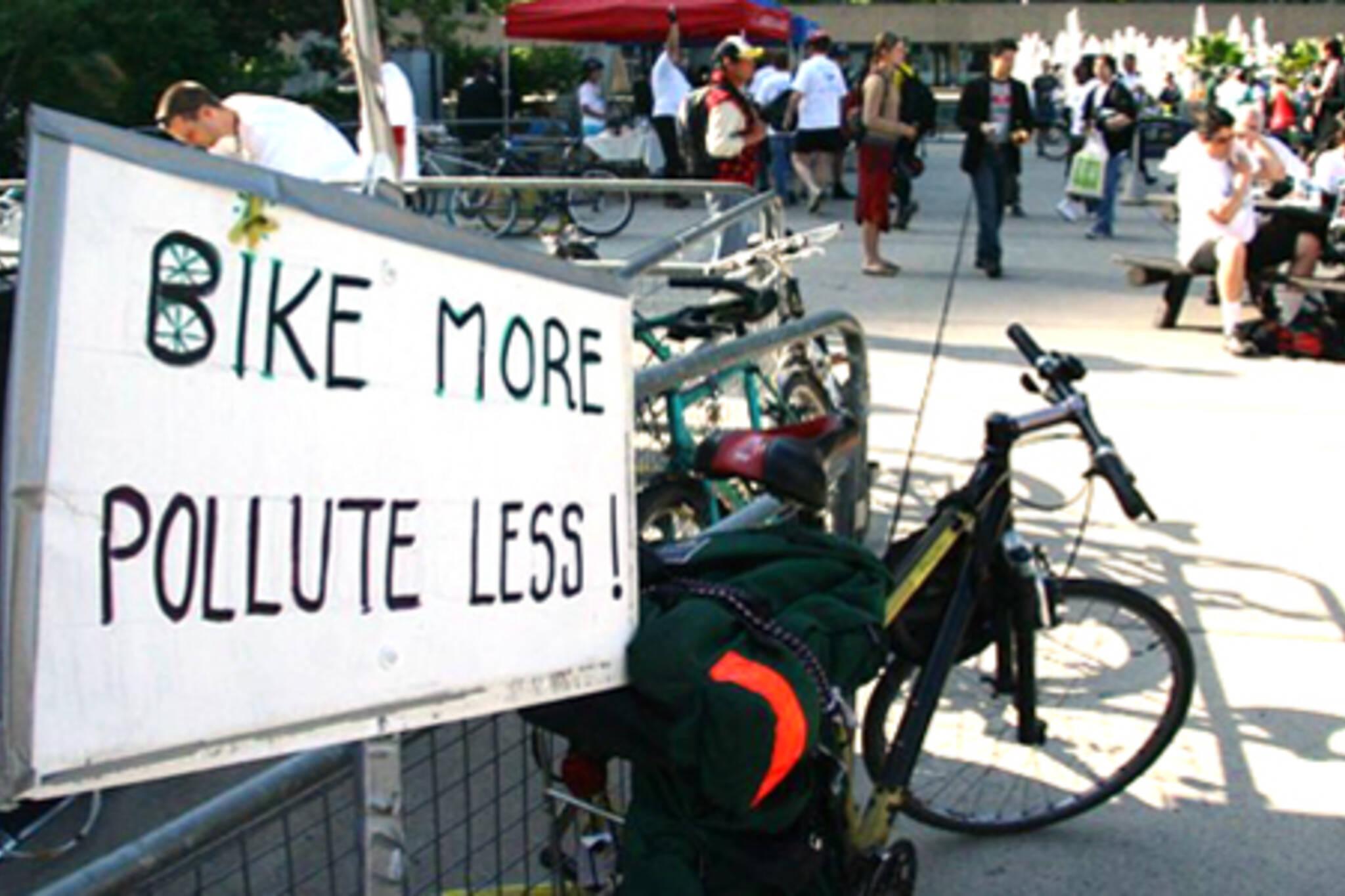 bikemorepolluteless.jpg