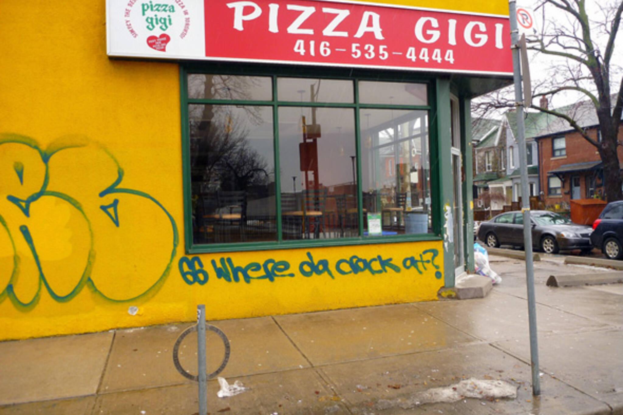 Pizza Gigi graffiti