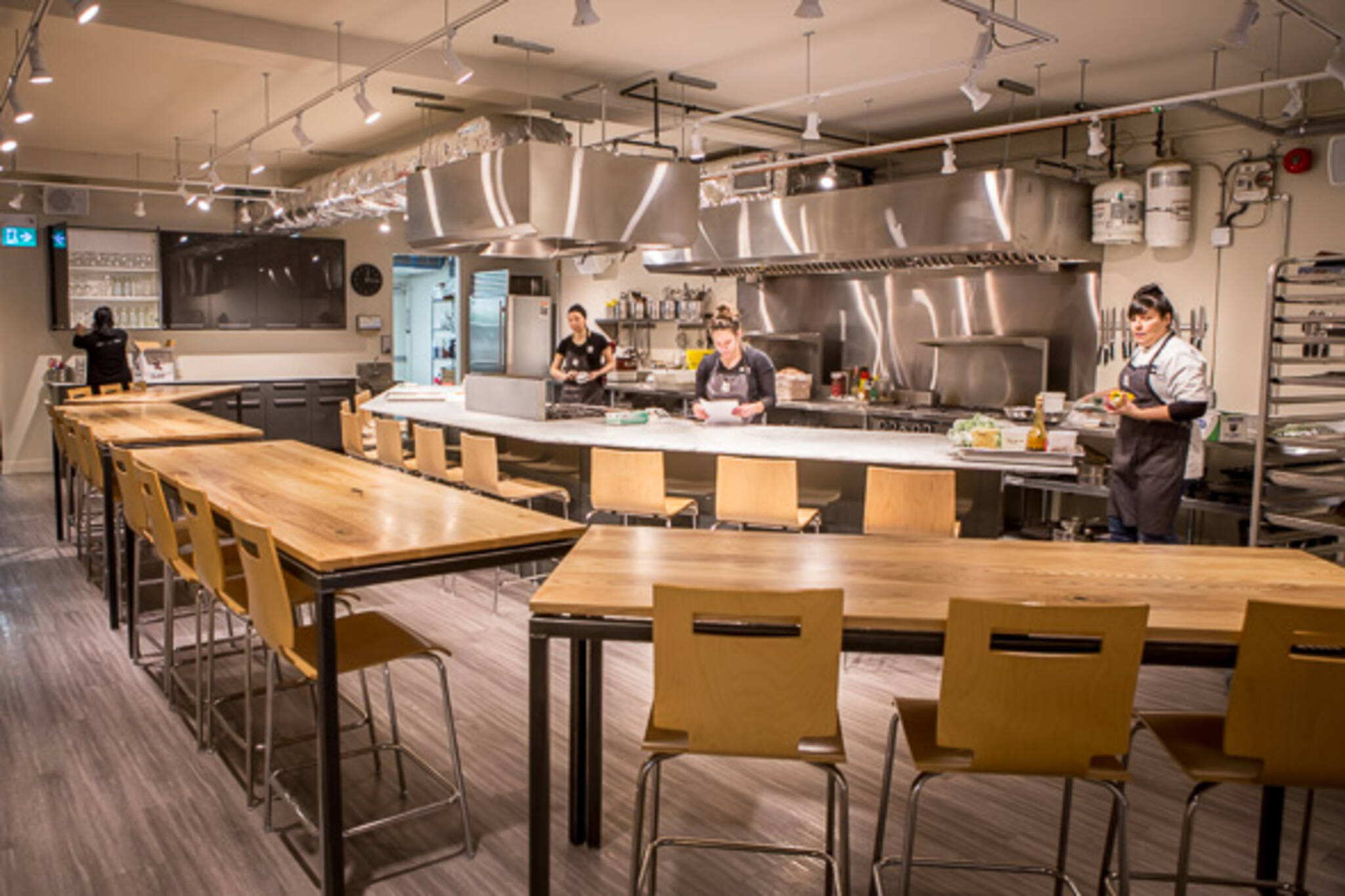 The best cooking classes in toronto Hia kitchen design course