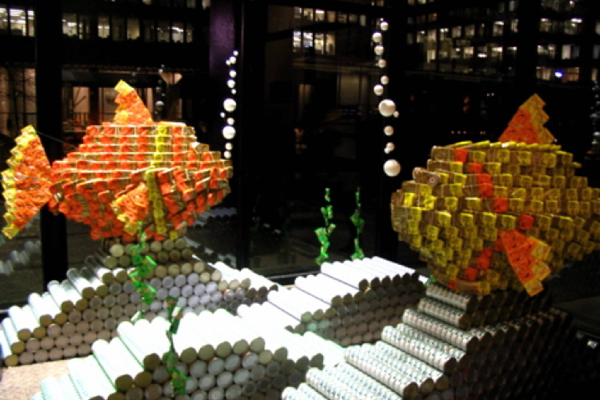 201106_canstruction_fish.jpg