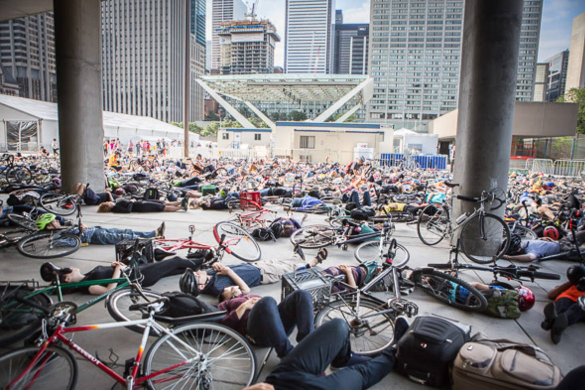 bike die in city hall