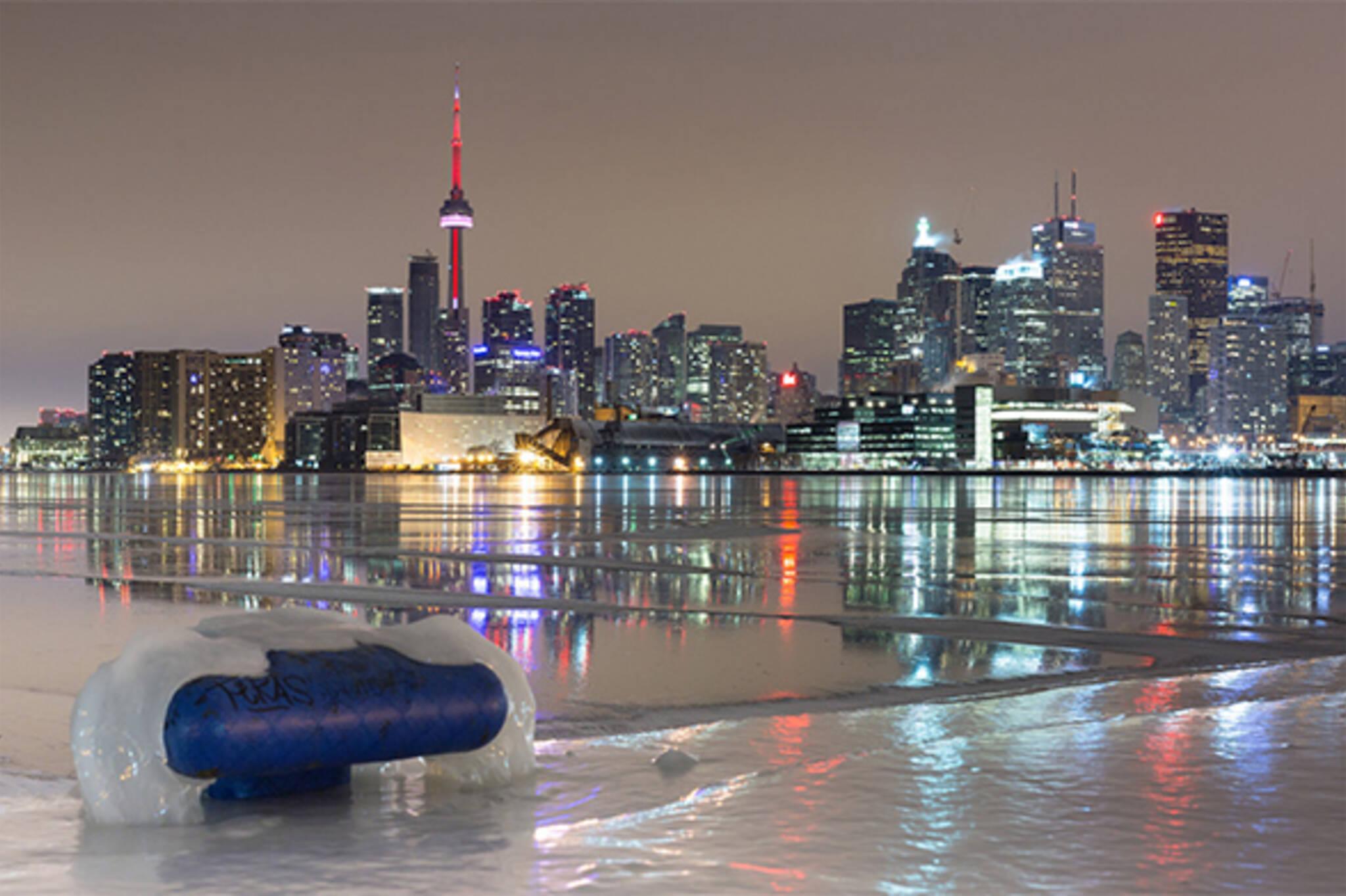 Toronto harbour frozen