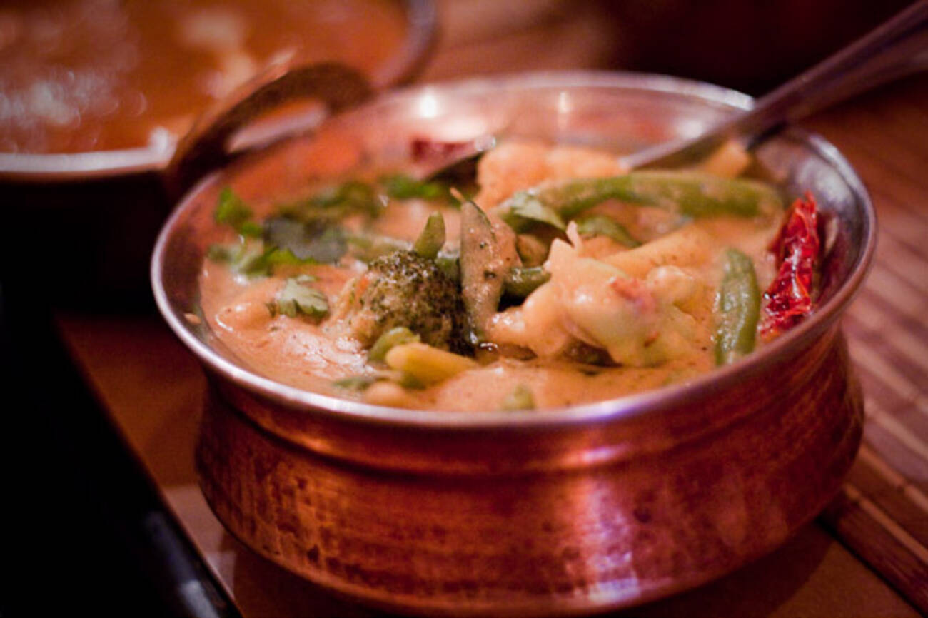 Where to eat indian food in koreatown for Articles on indian cuisine
