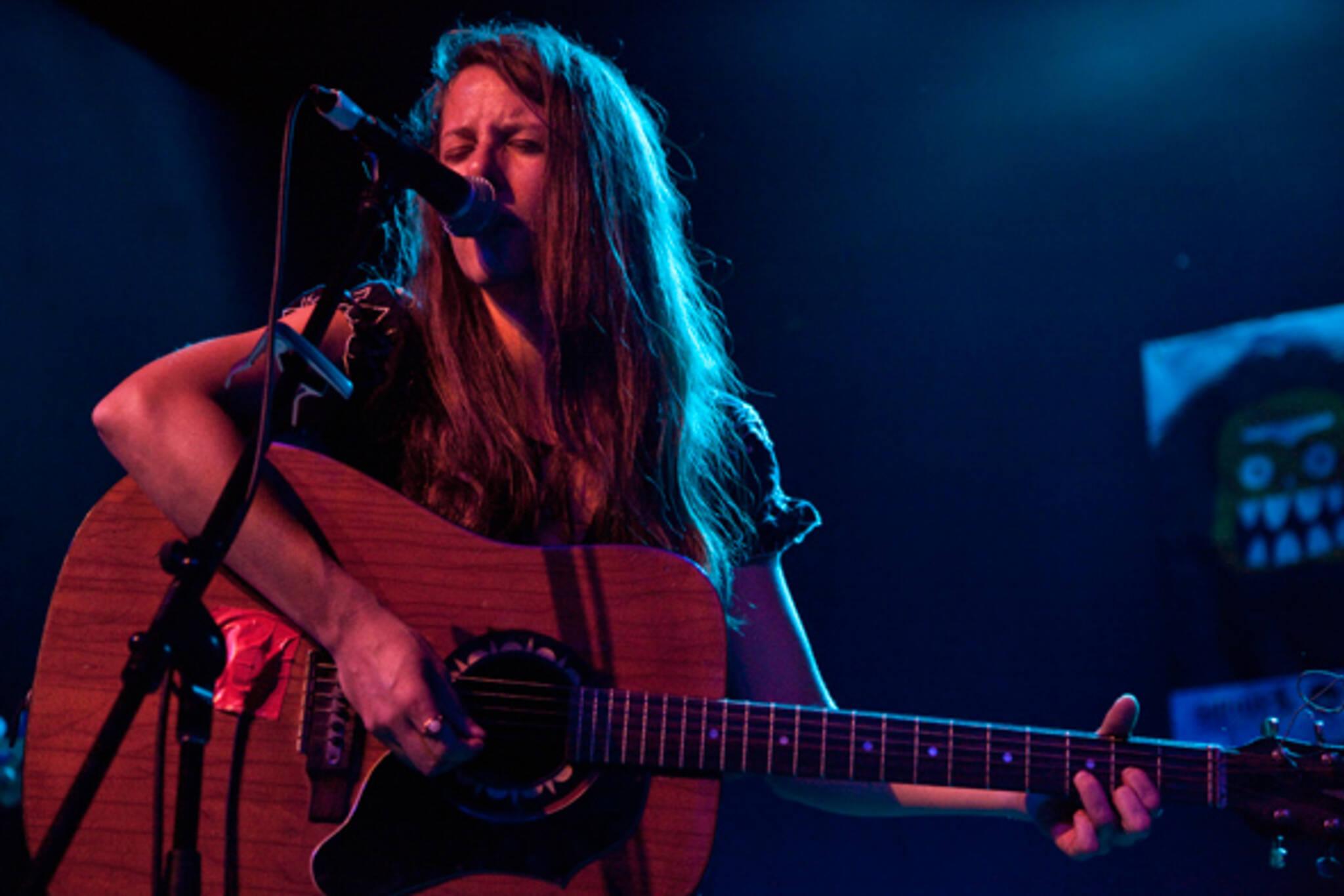 Jennifer Castle Live