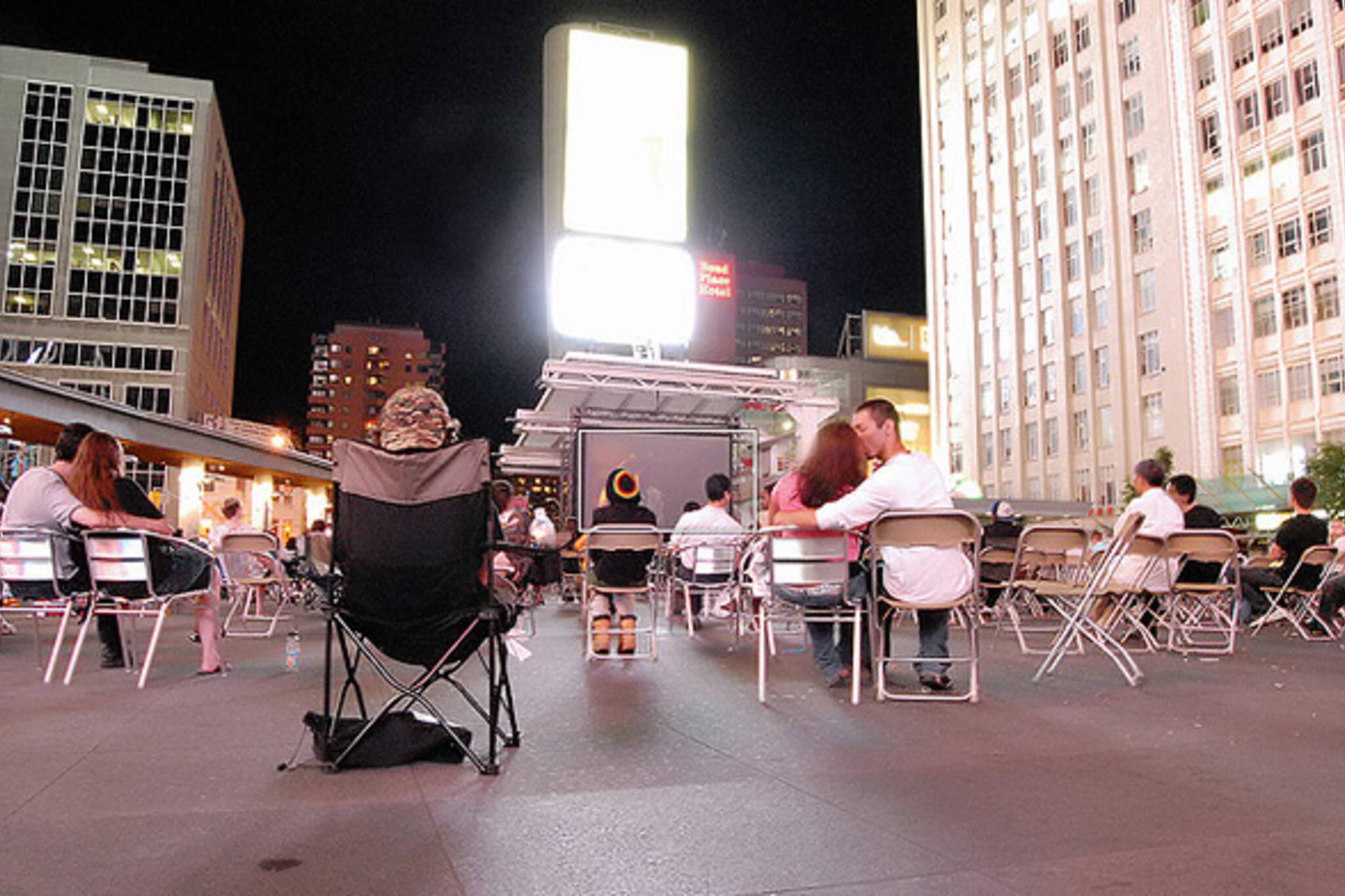 Outdoor films Toronto 2011