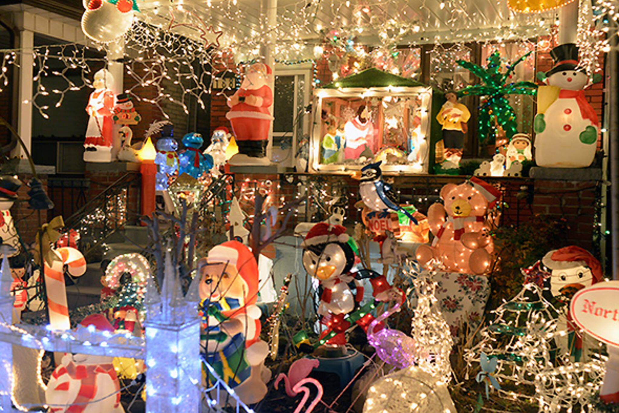Christmas Lights Toronto