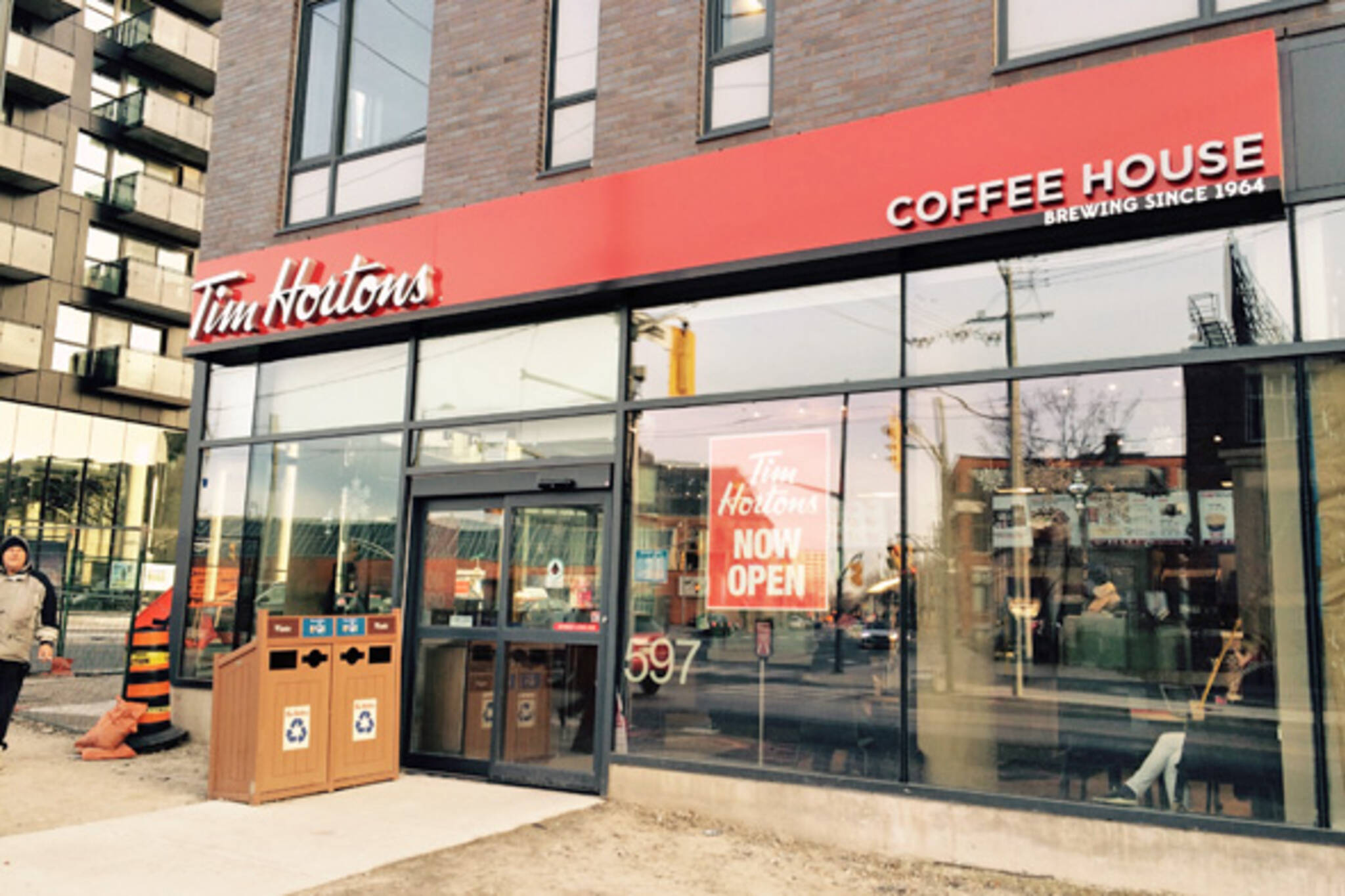tim hortons coffee house