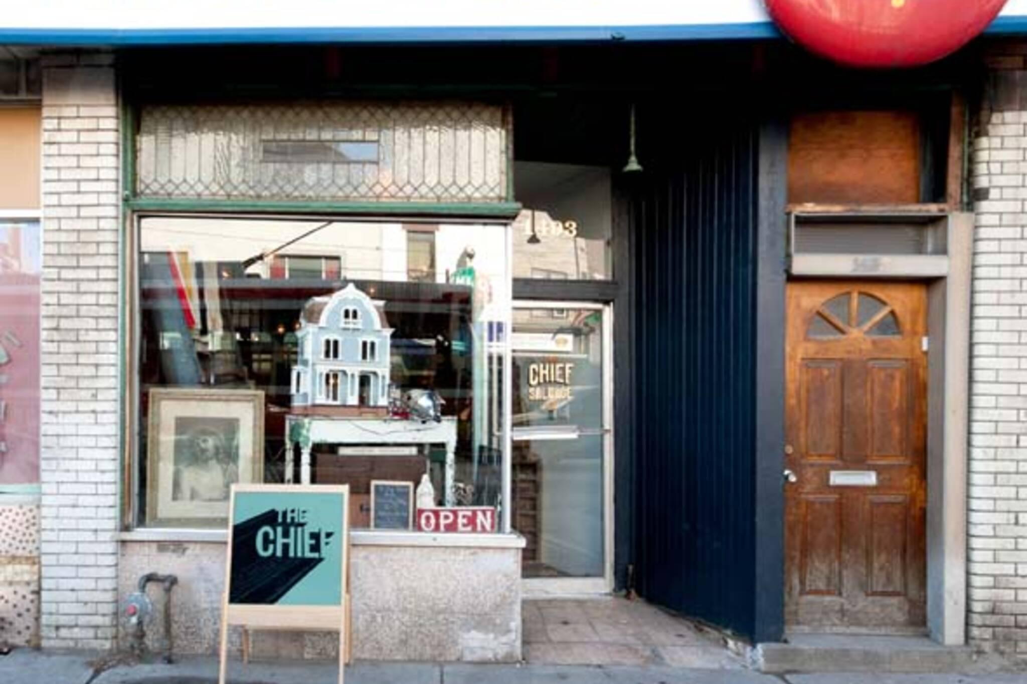 Dufferin Smoke Shop