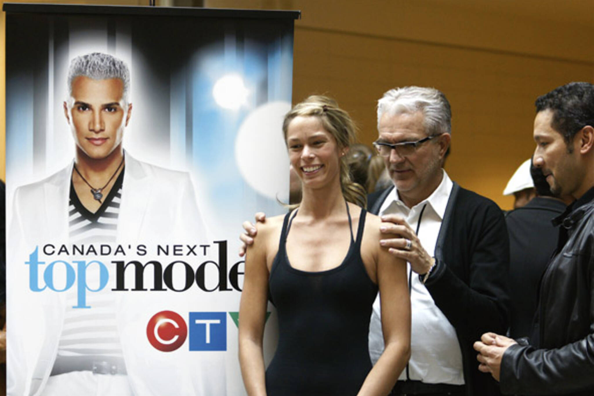 Canada's Next Top Model auditions in Toronto's Fairview Mall, led by casting agent Elmer Olsen