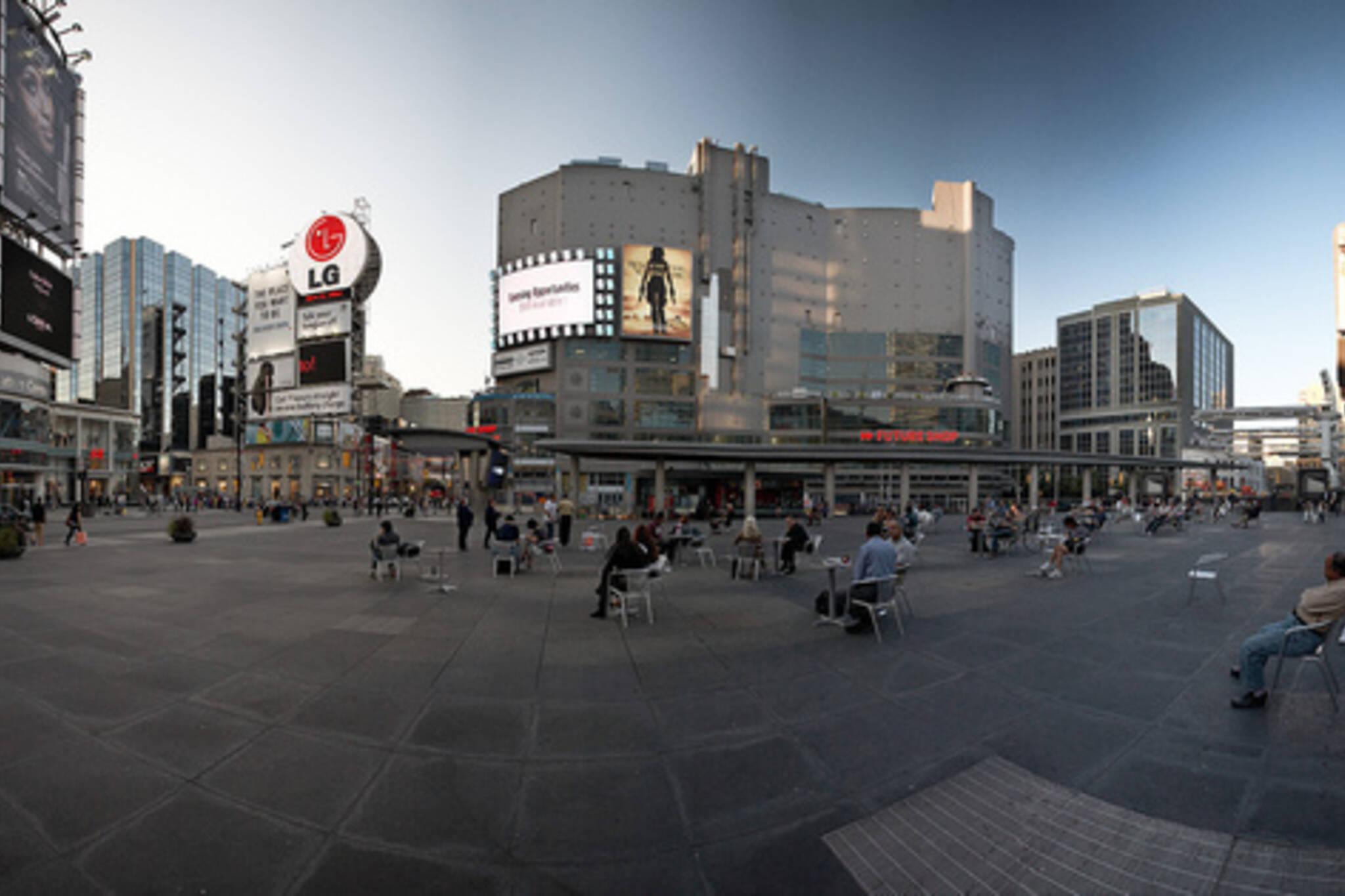 yonge dundas square panorama.jpg