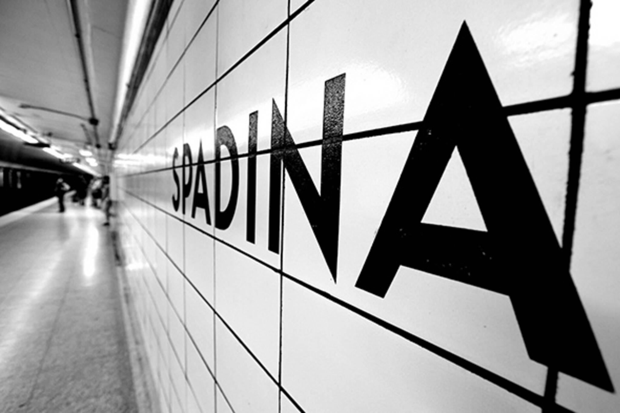 spadina subway
