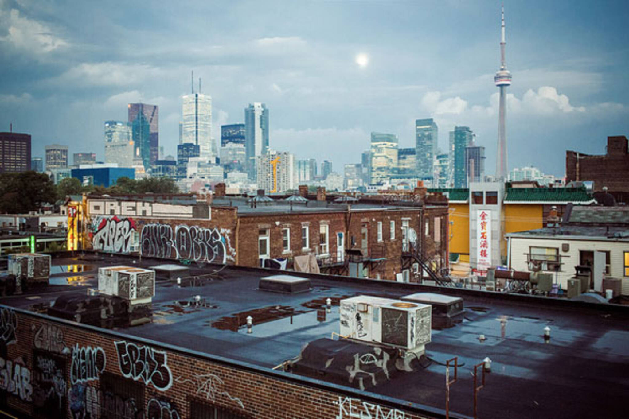 toronto chinatown skyline graffiti cn tower