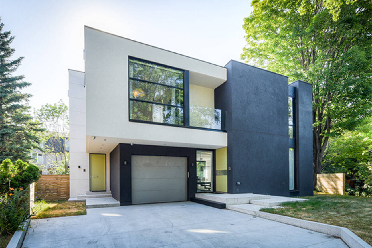 What Kind Of House Does 2 5 Million Get You In Toronto
