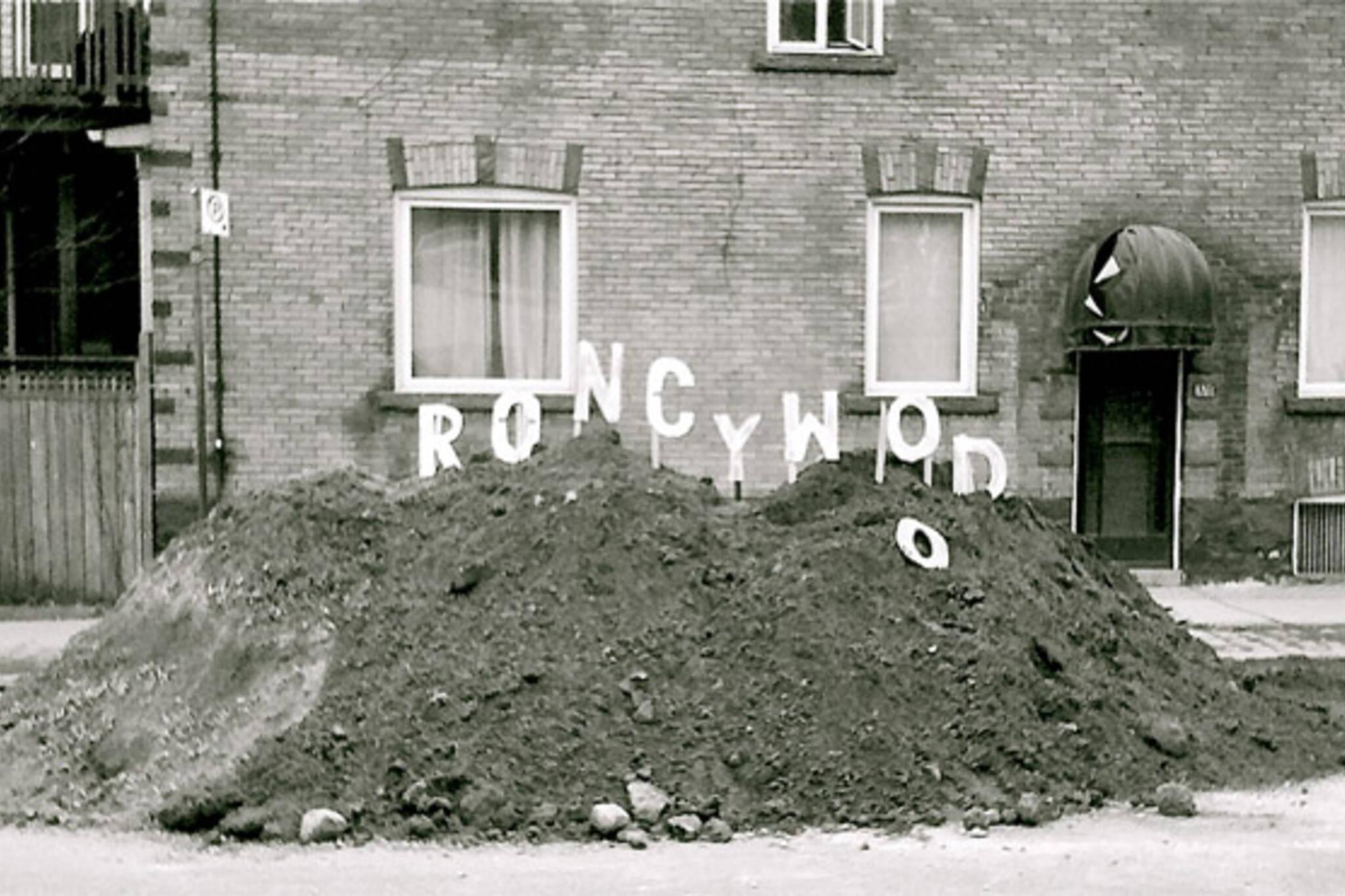 roncesvalles construction humour