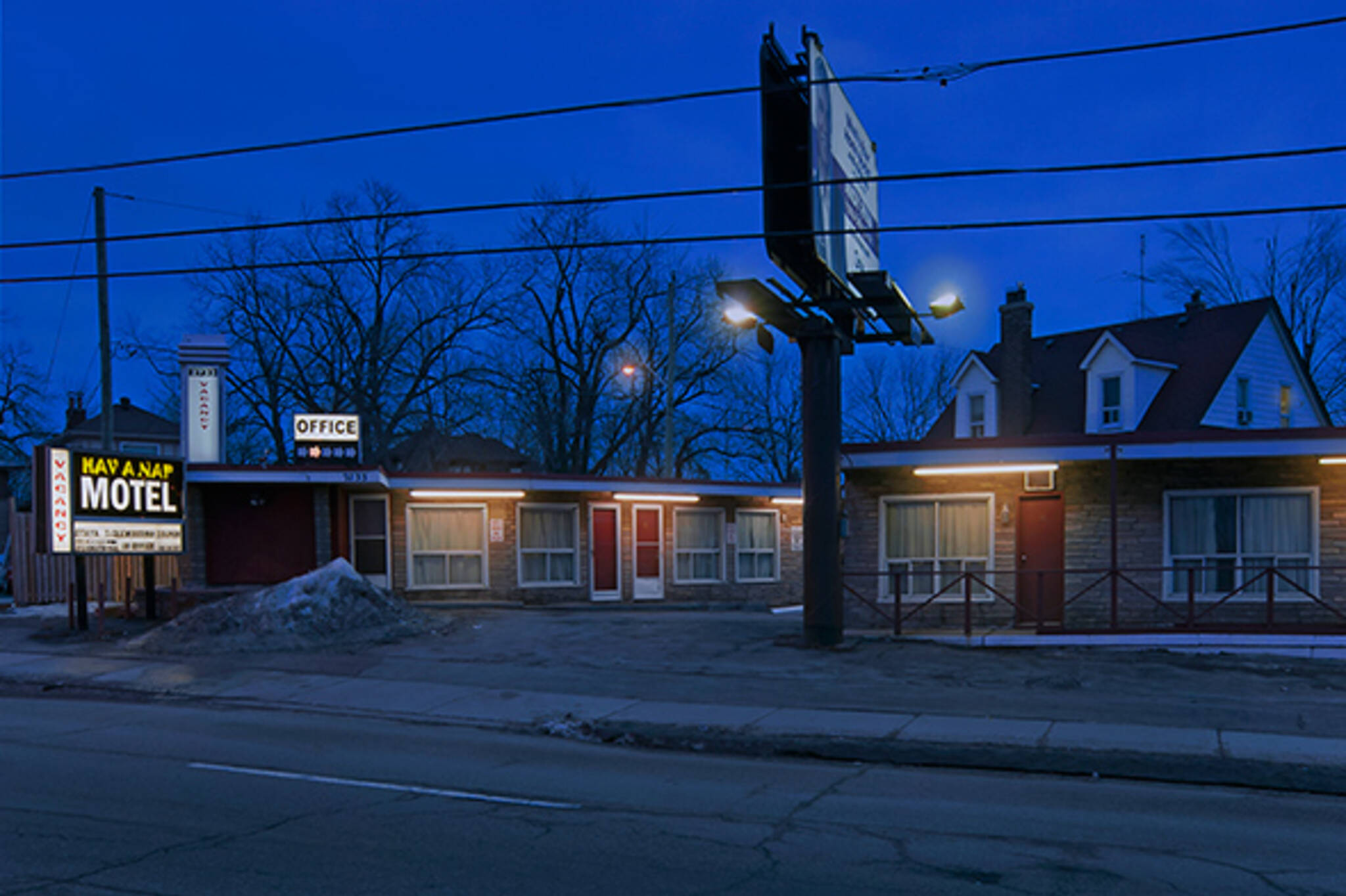 motels toronto shelter