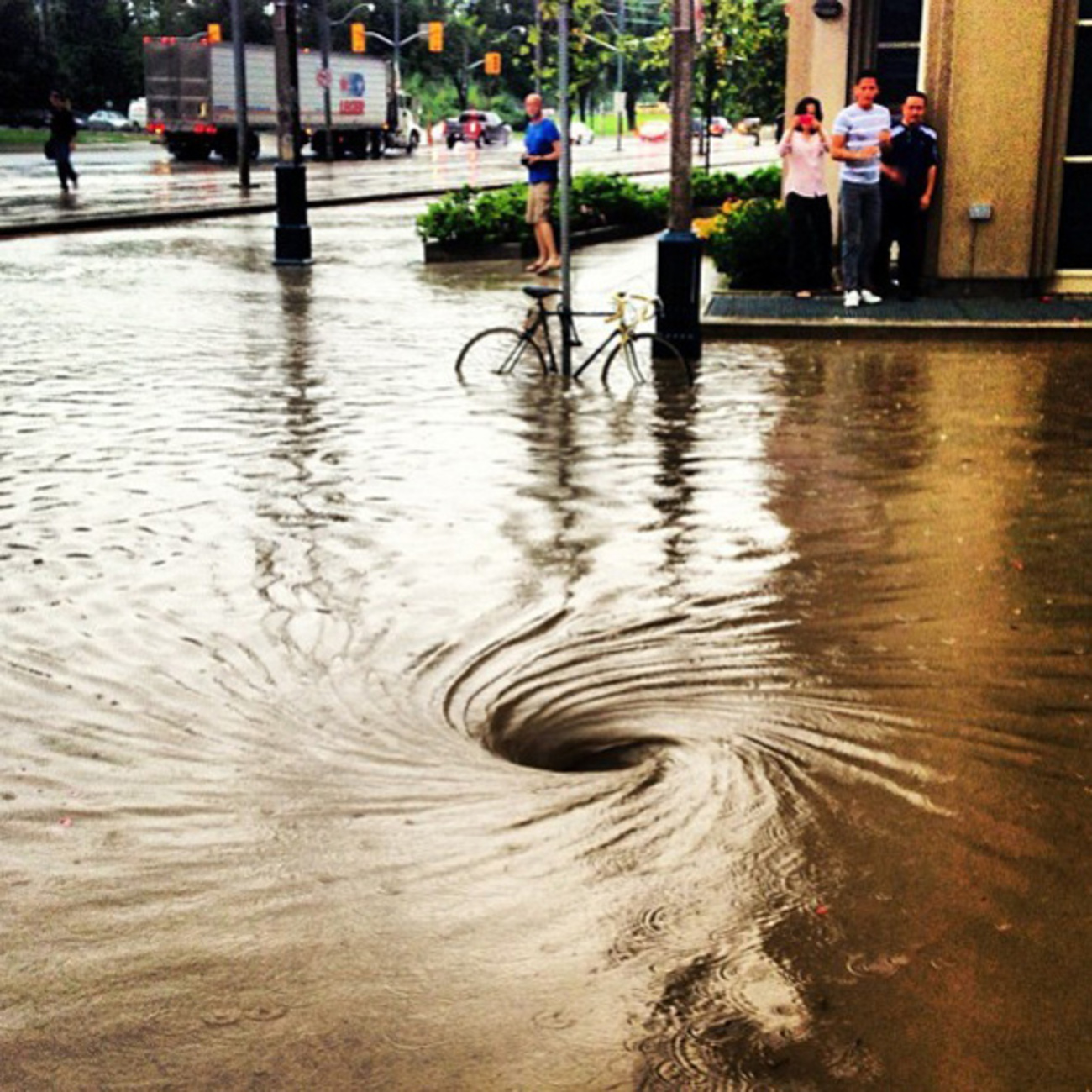 What the Toronto floods looked like on Instagram