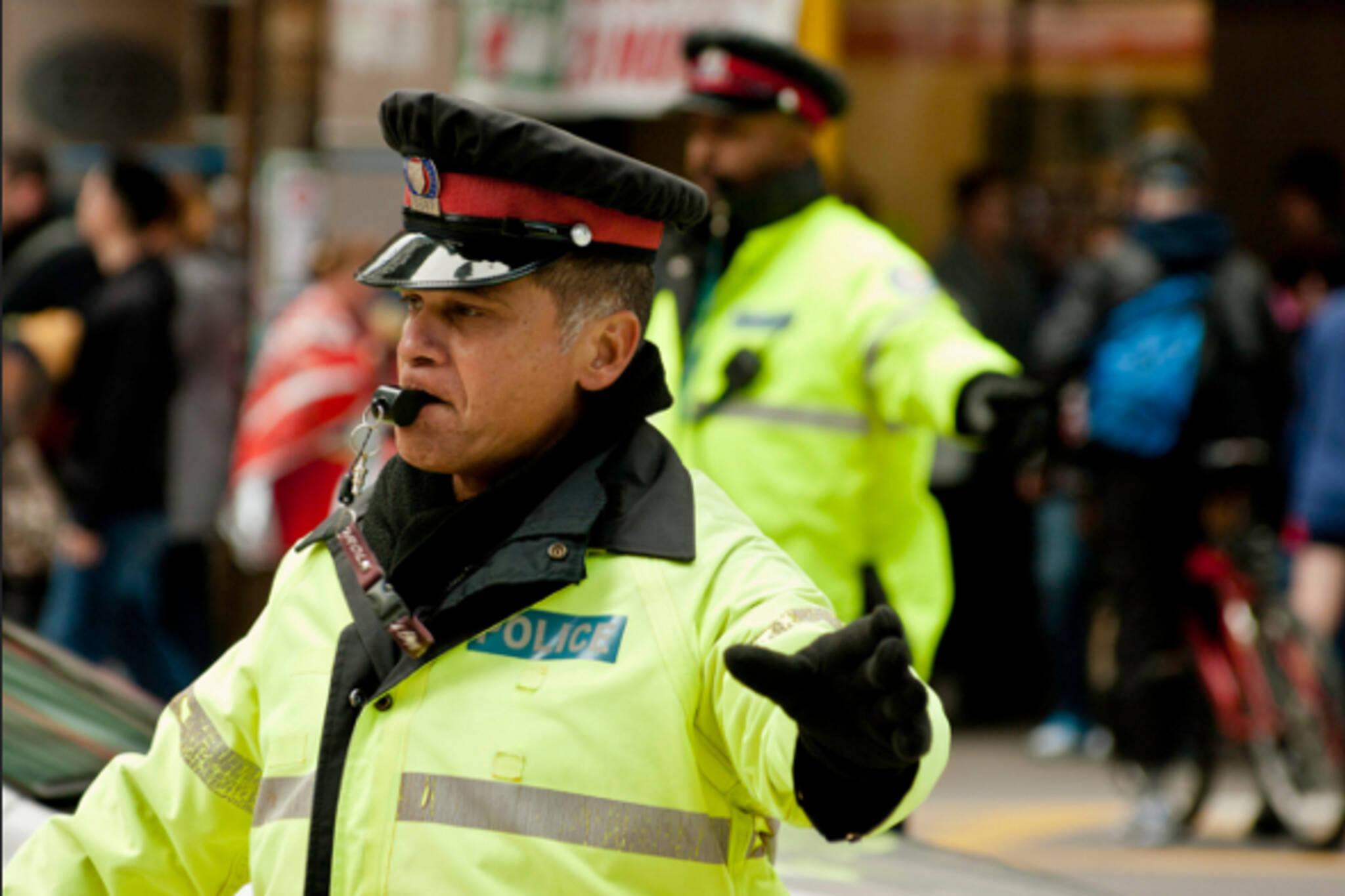 Traffic cop Toronto