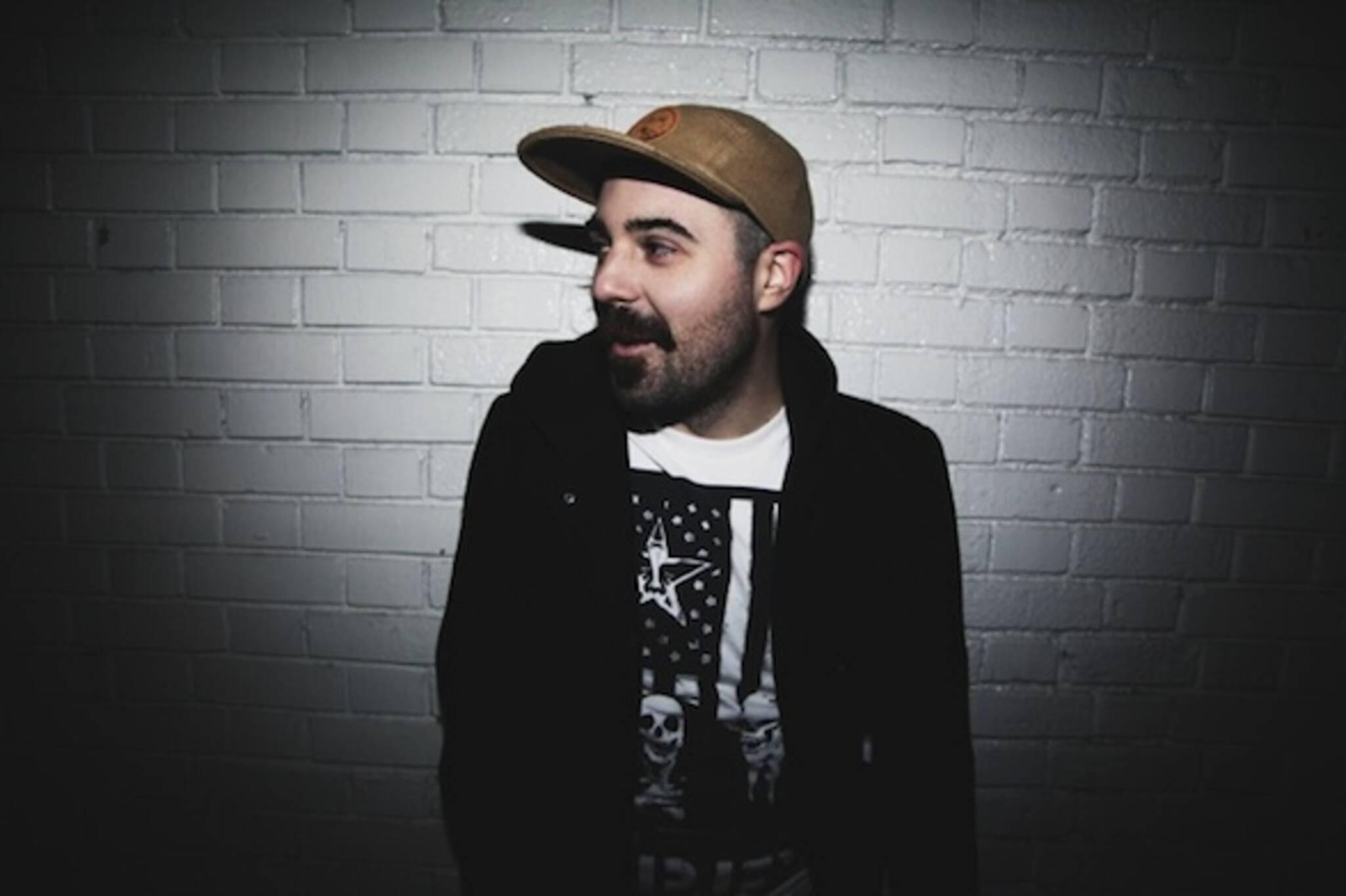 Belgrade-based artpop singer Ensh