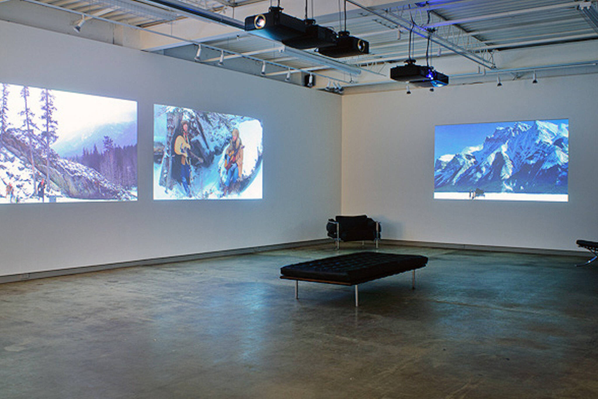 Bloor Lansdowne Art Gallery
