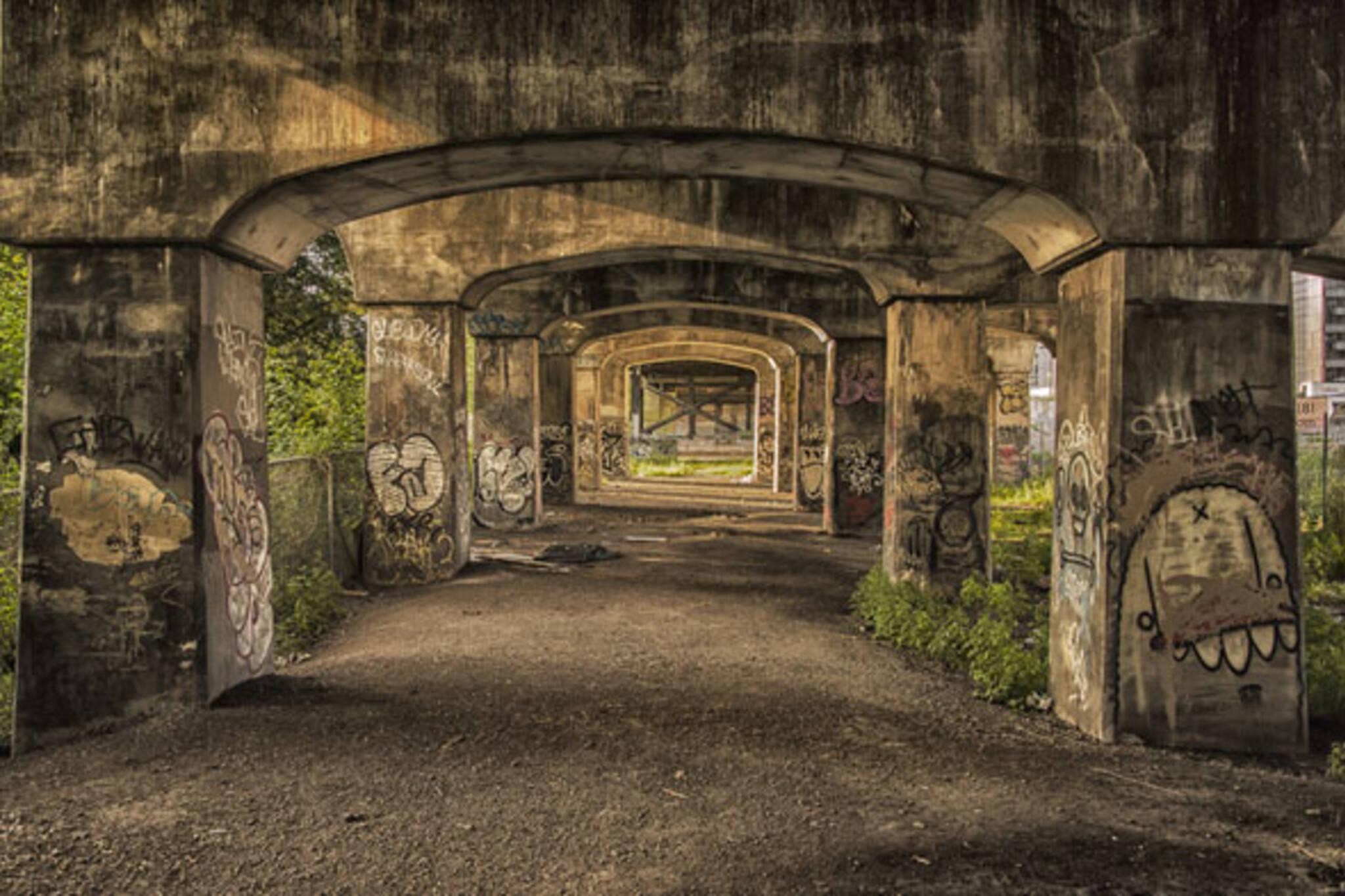 toronto bathust bridge