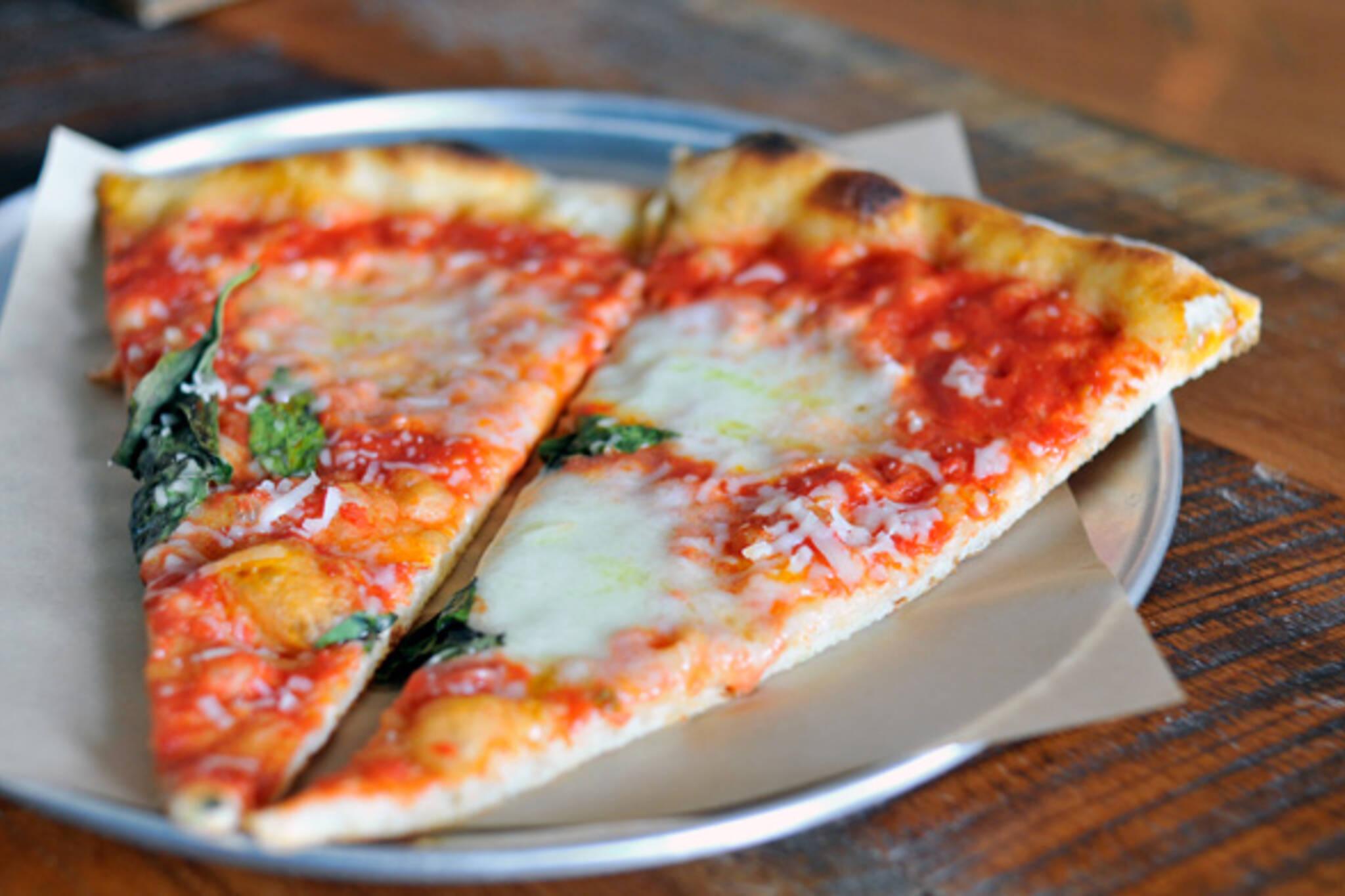 Neapolitan pizza slice