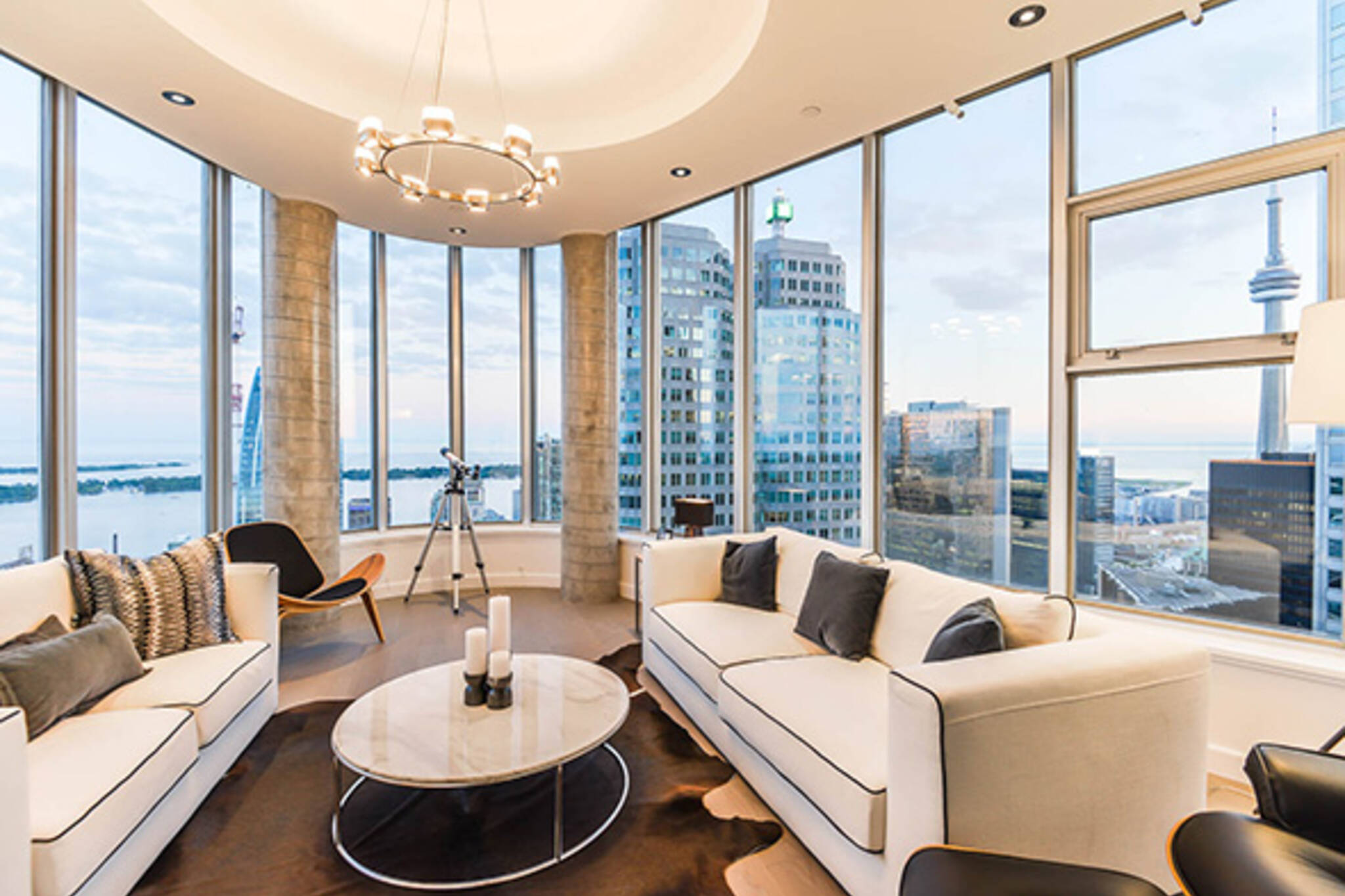 Condo Of The Week 1 King West