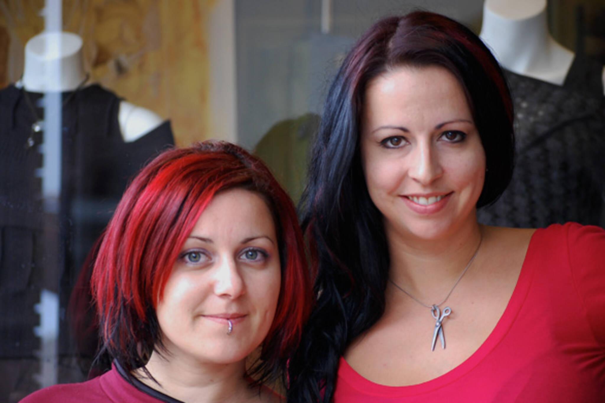 20080908---Adriana+Gabrielle