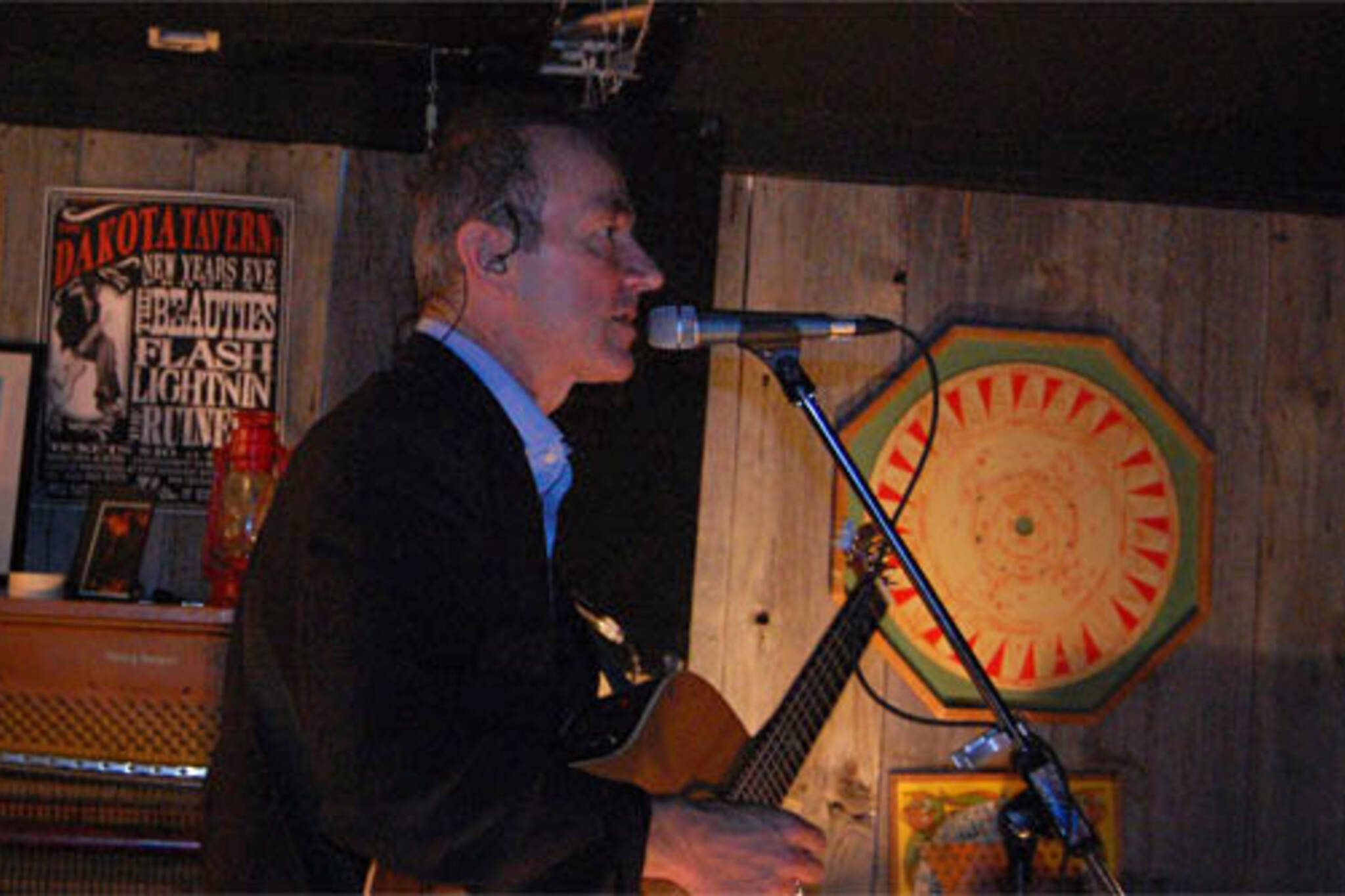 Punk rock elder statesman Hugh Cornwell