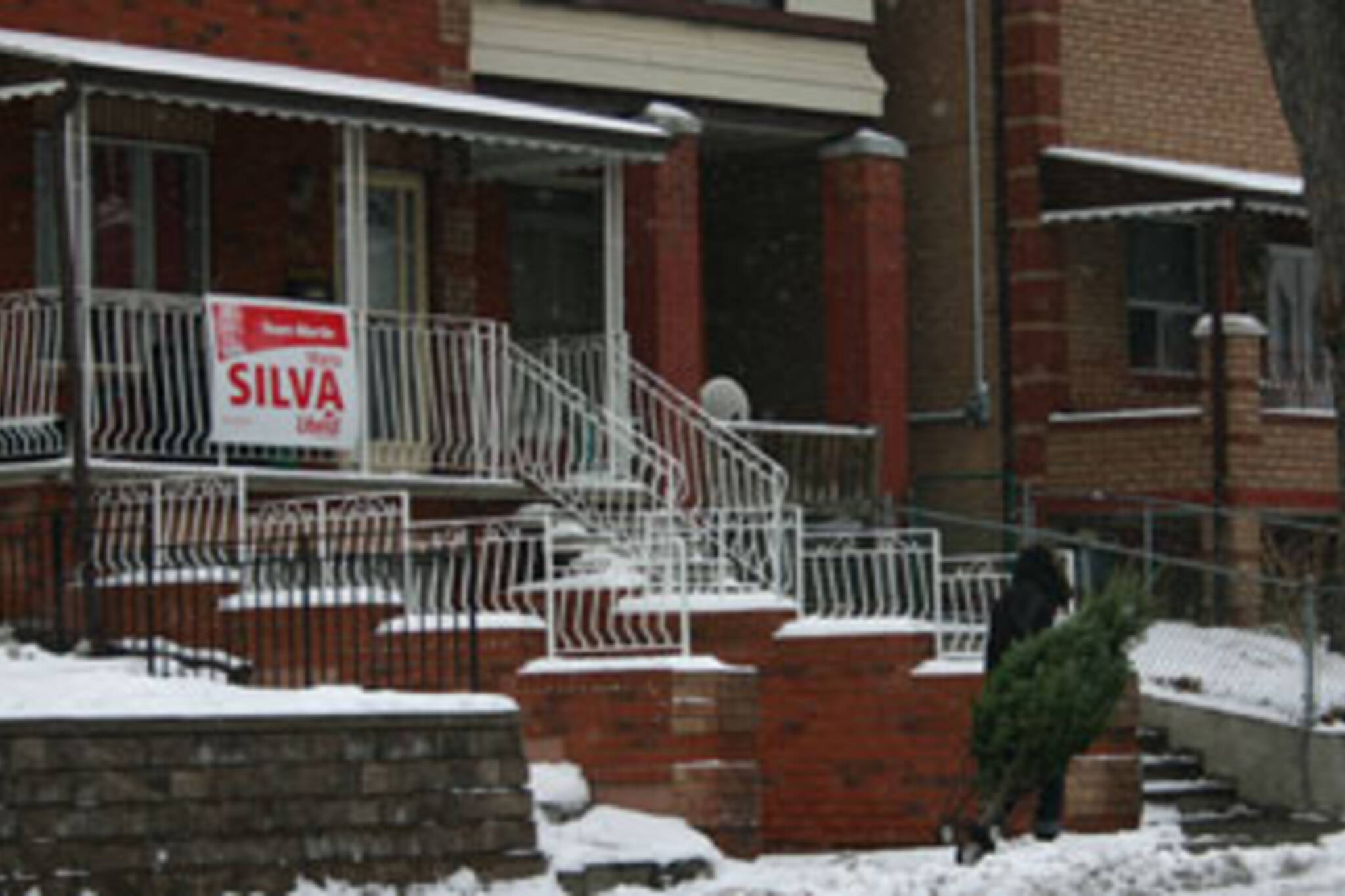 Last year's campaign sign, this year's campaign: the advantages of incumbancy.