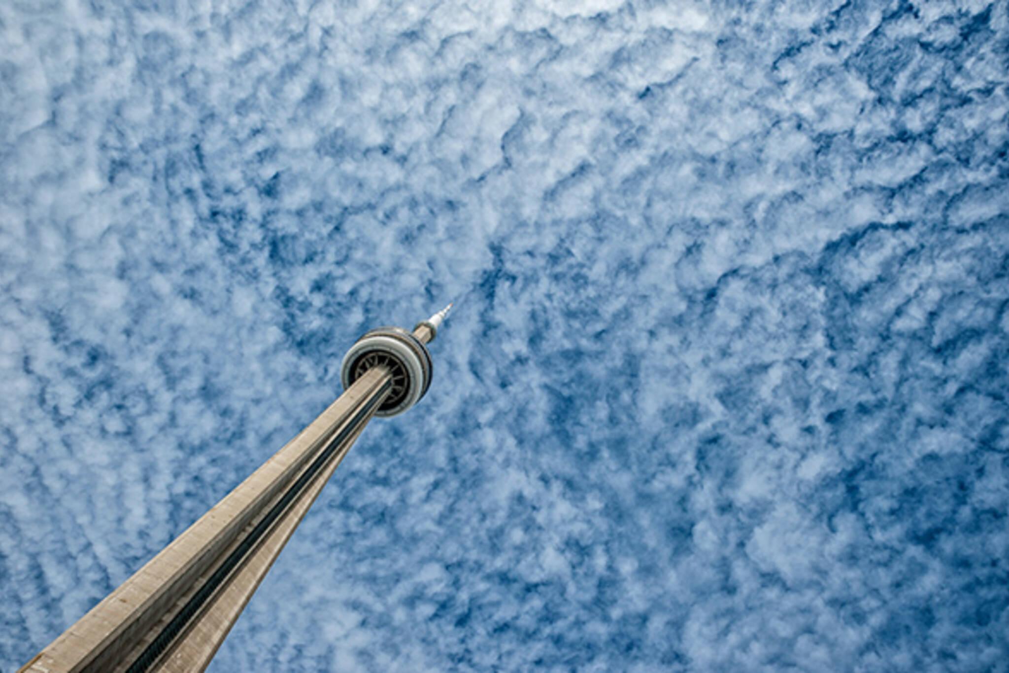 CN Tower sky