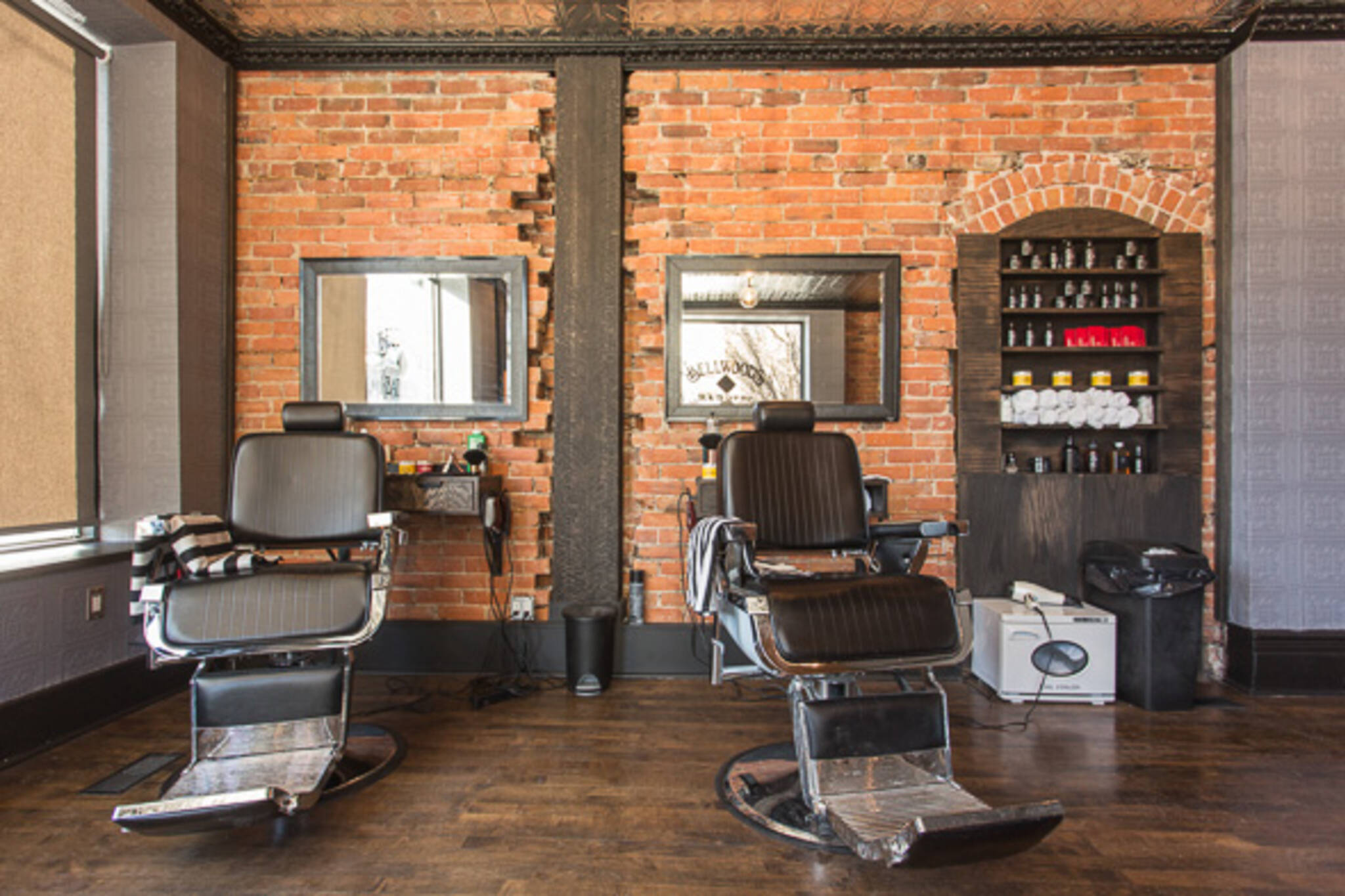 barber shop dundas