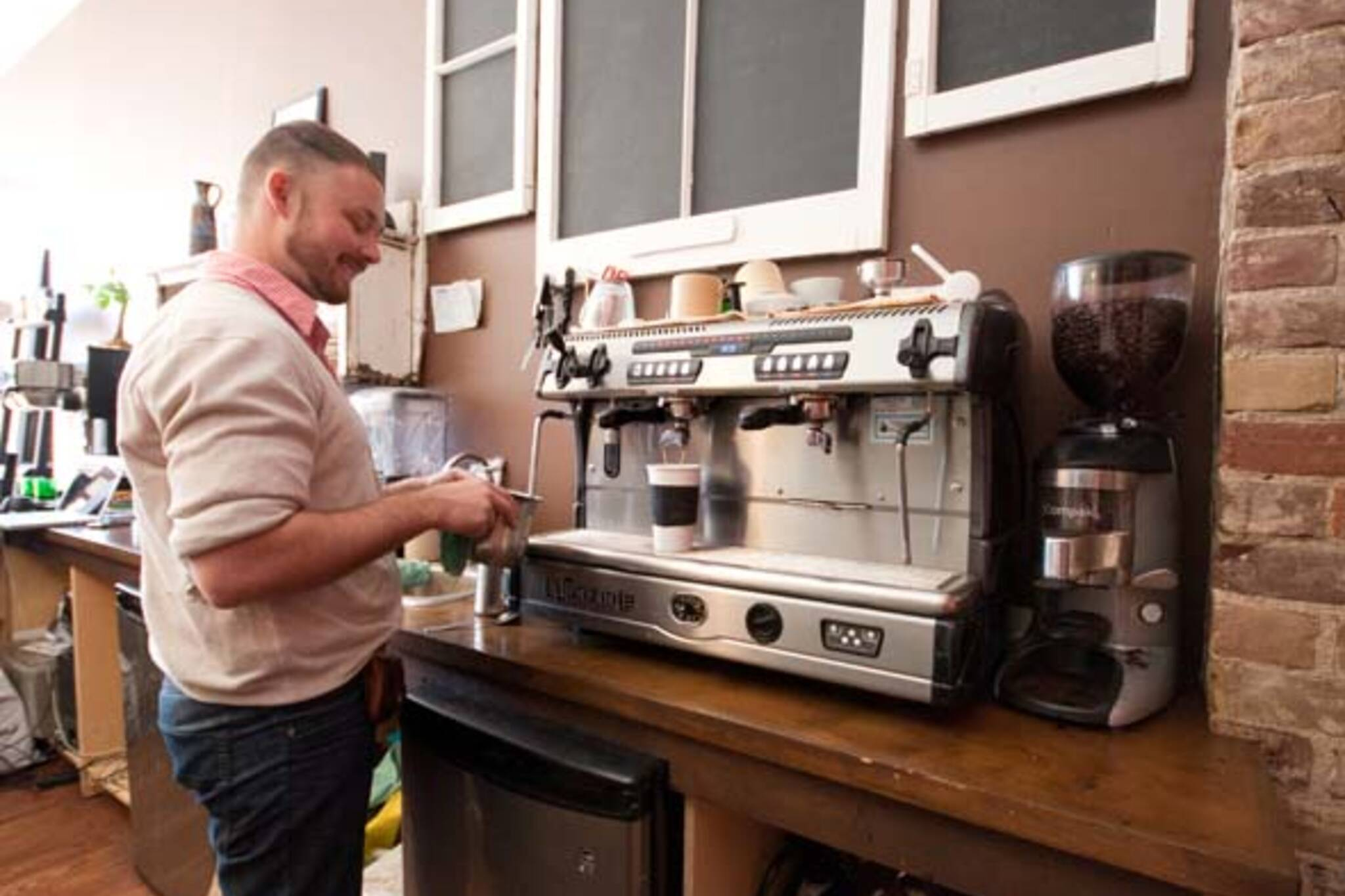 Redline Coffee and Espresso Bar